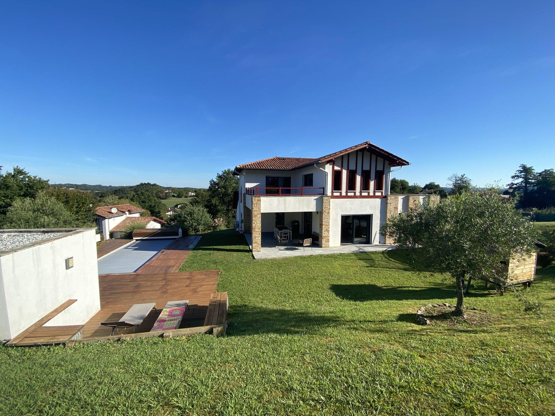 Sale House - Ascain Morzelay