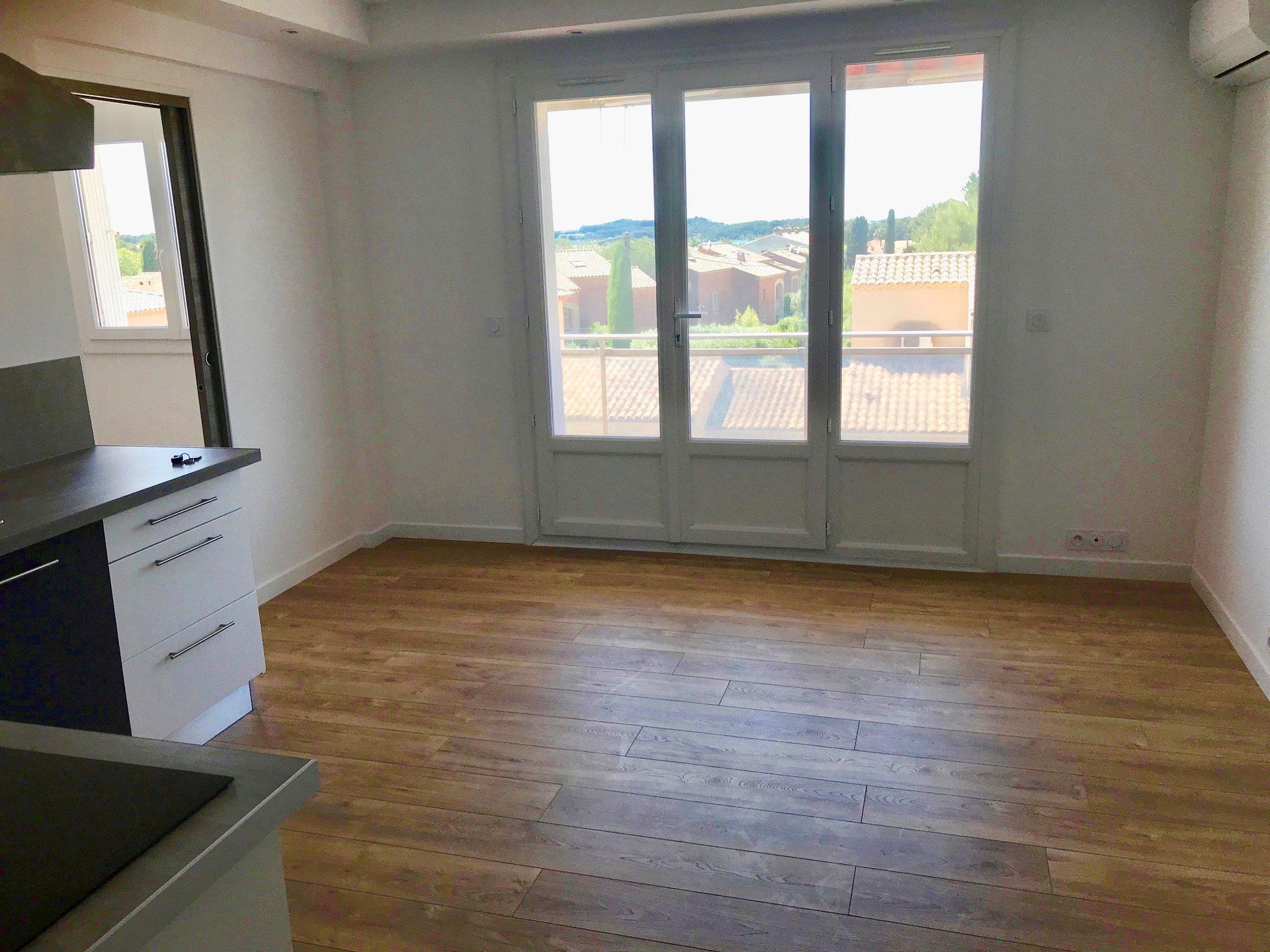 T2 32 m² au Brusc dernier étage
