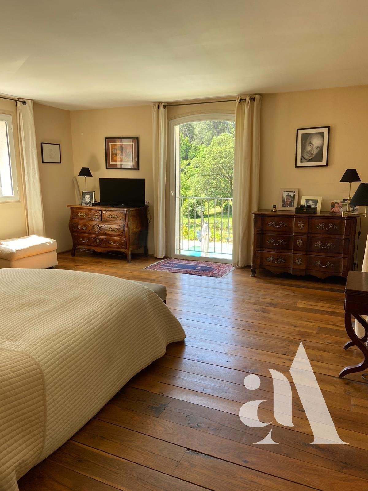 MAS DE LA PINEDE - ALPILLES- ST ETIENNE DU GRES - 4 chambres - 8 personnes