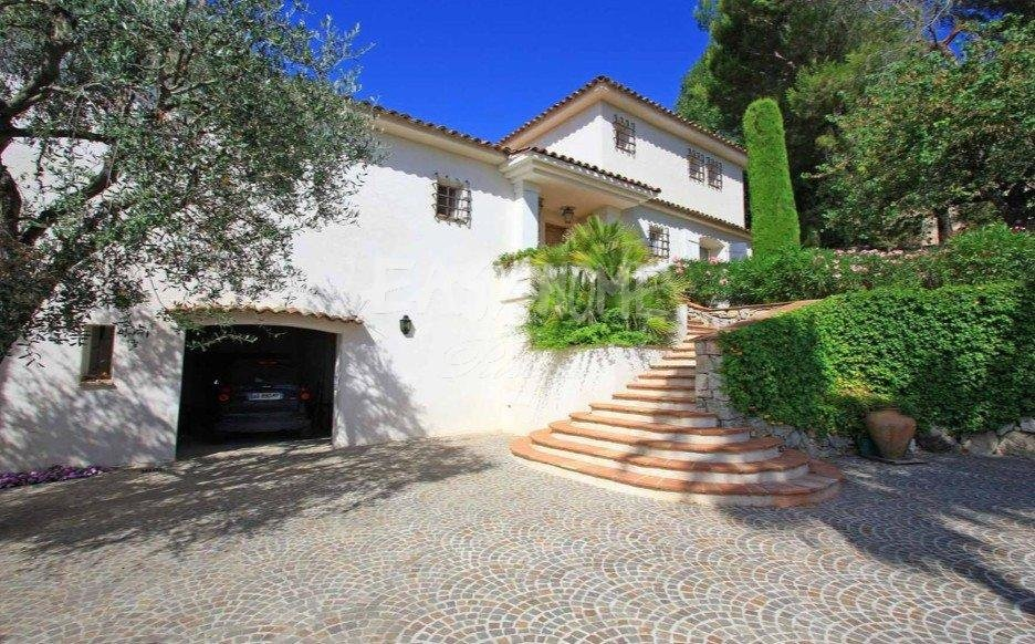 Purchase / Sale Property Mougins - residential area -Nearby the Old village sea view