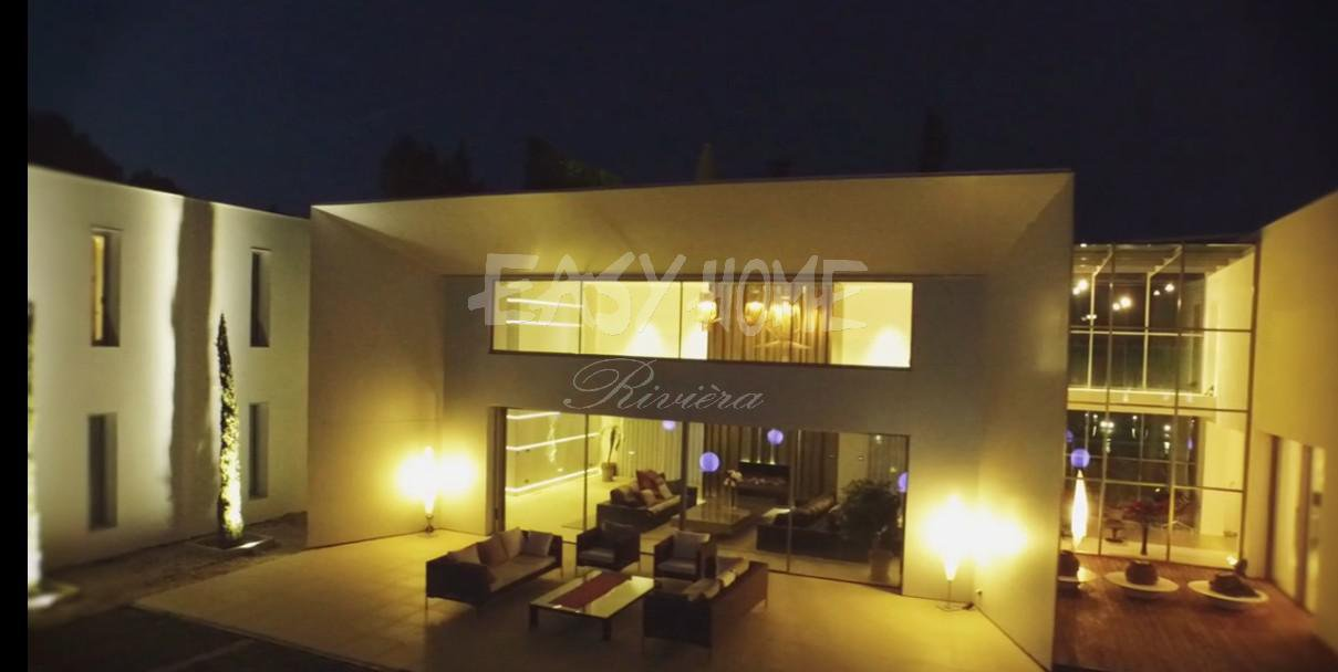 SALE+ CONTEMPORARY+ VILLA+ NEW+MOUGINS