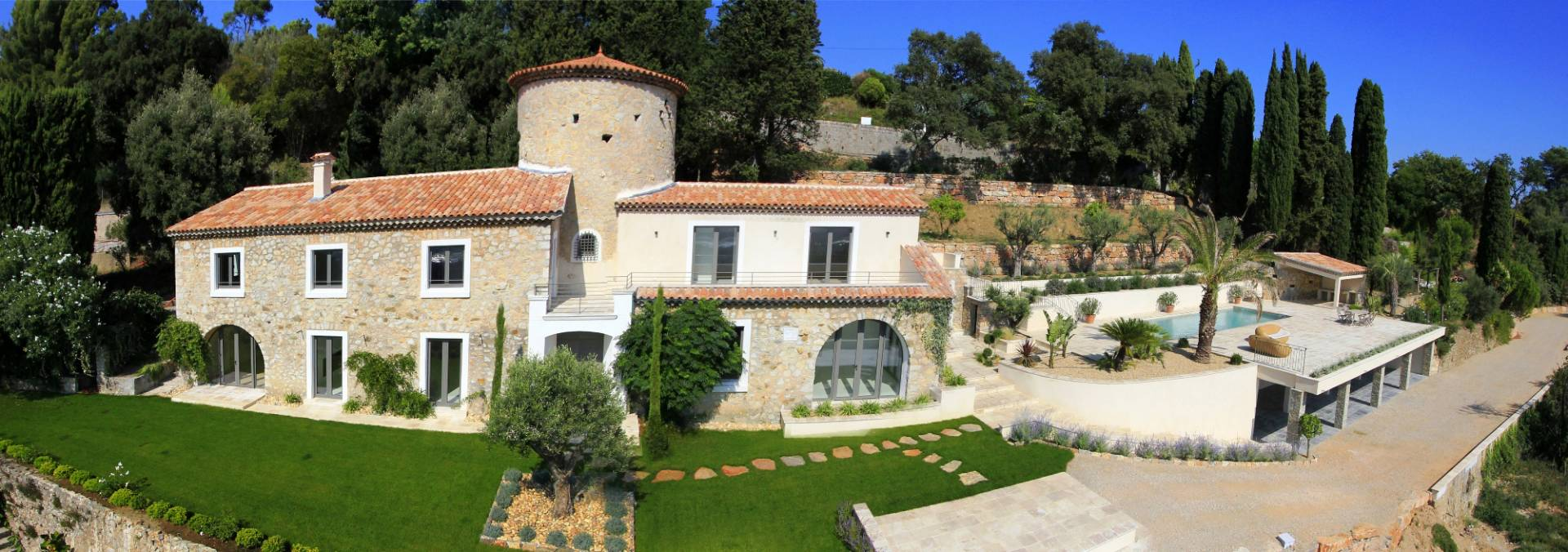 Purchase / sale villa 10 minutes from Cannes