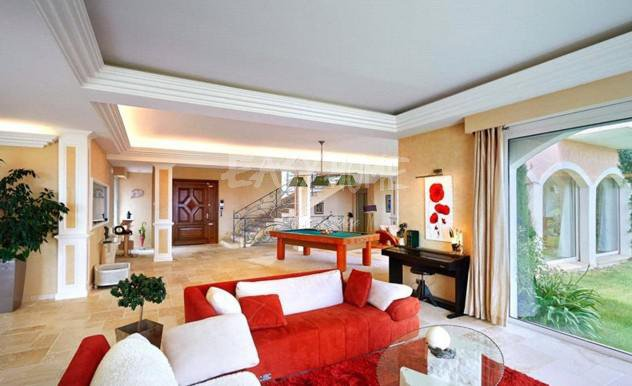 Purchase/Sale Villa Mougins French Riviera