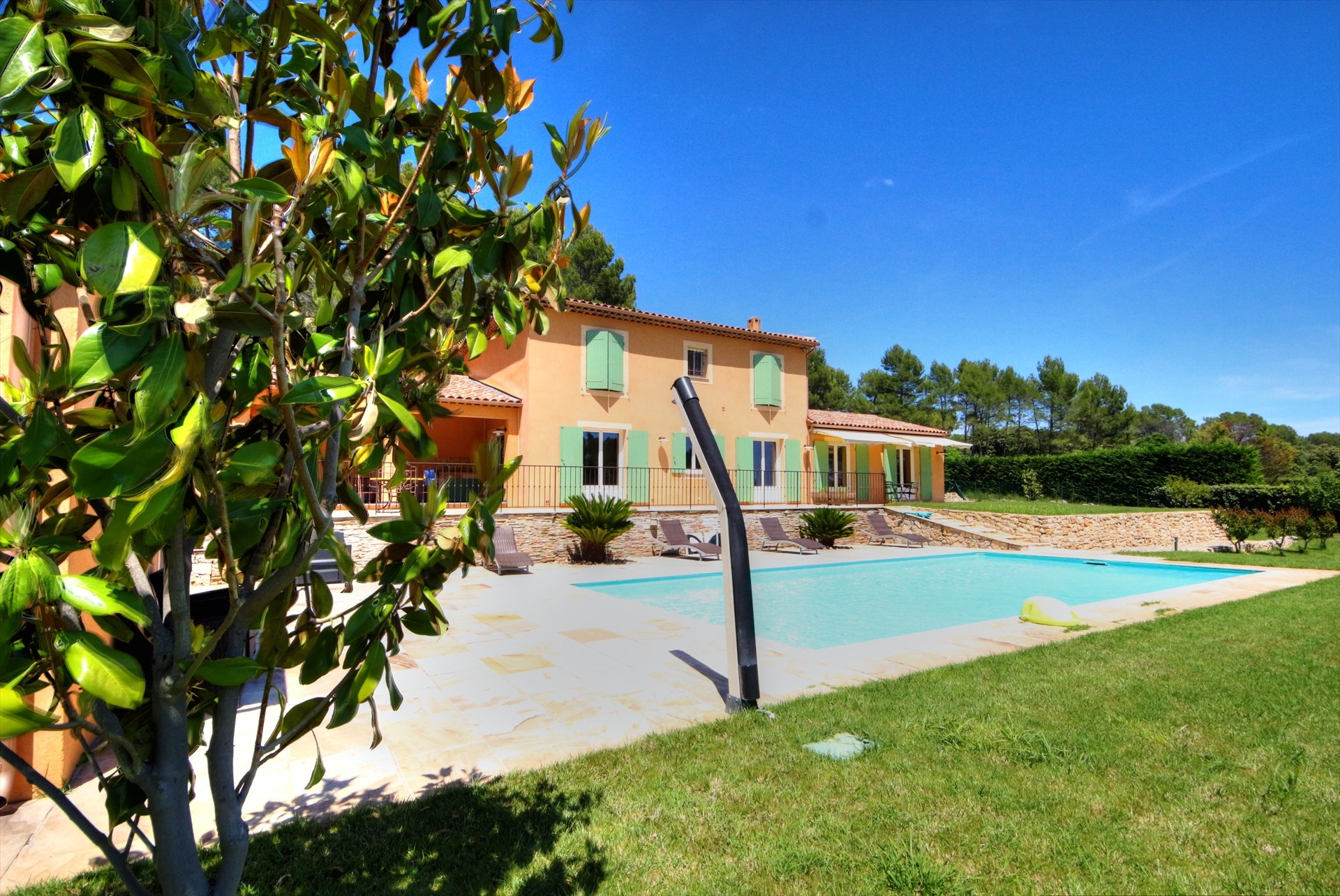 Lorgues, superb provencal house with pool and garage, calm and coutryside Var Provence