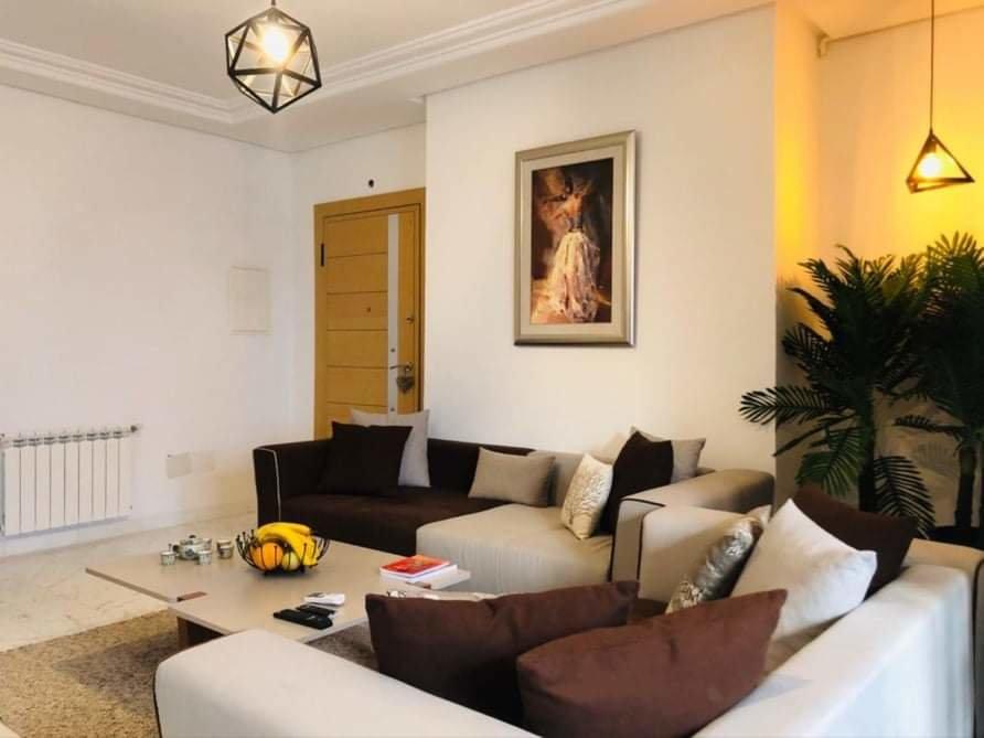 appartement meublé salon et une chambre
