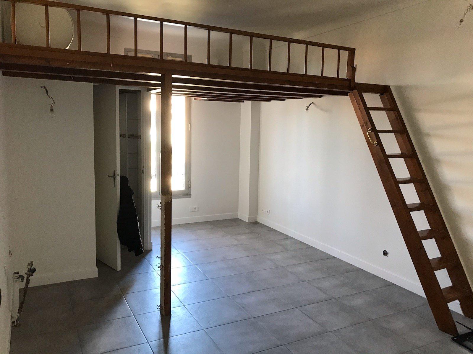 NICE CIMIEZ Proche Fac Duplex meublé