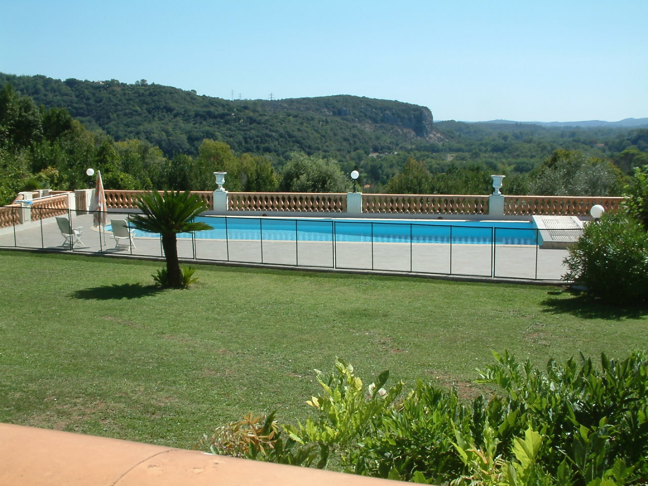 « Mas - Property with breathtaking view ! »
