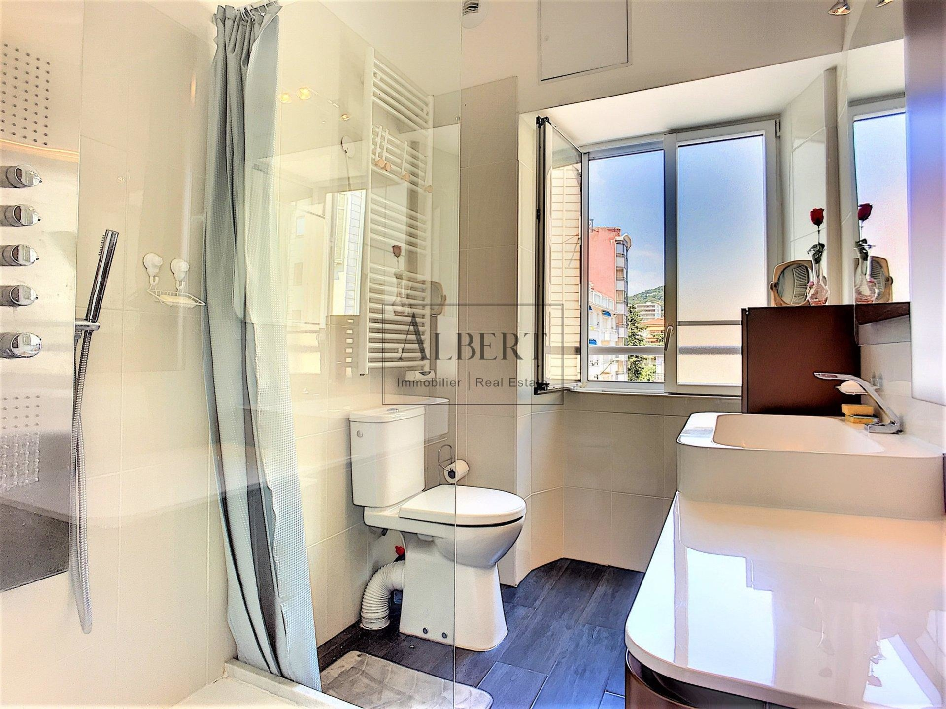 Cannes rue d'Antibes 3 Rooms Terrace