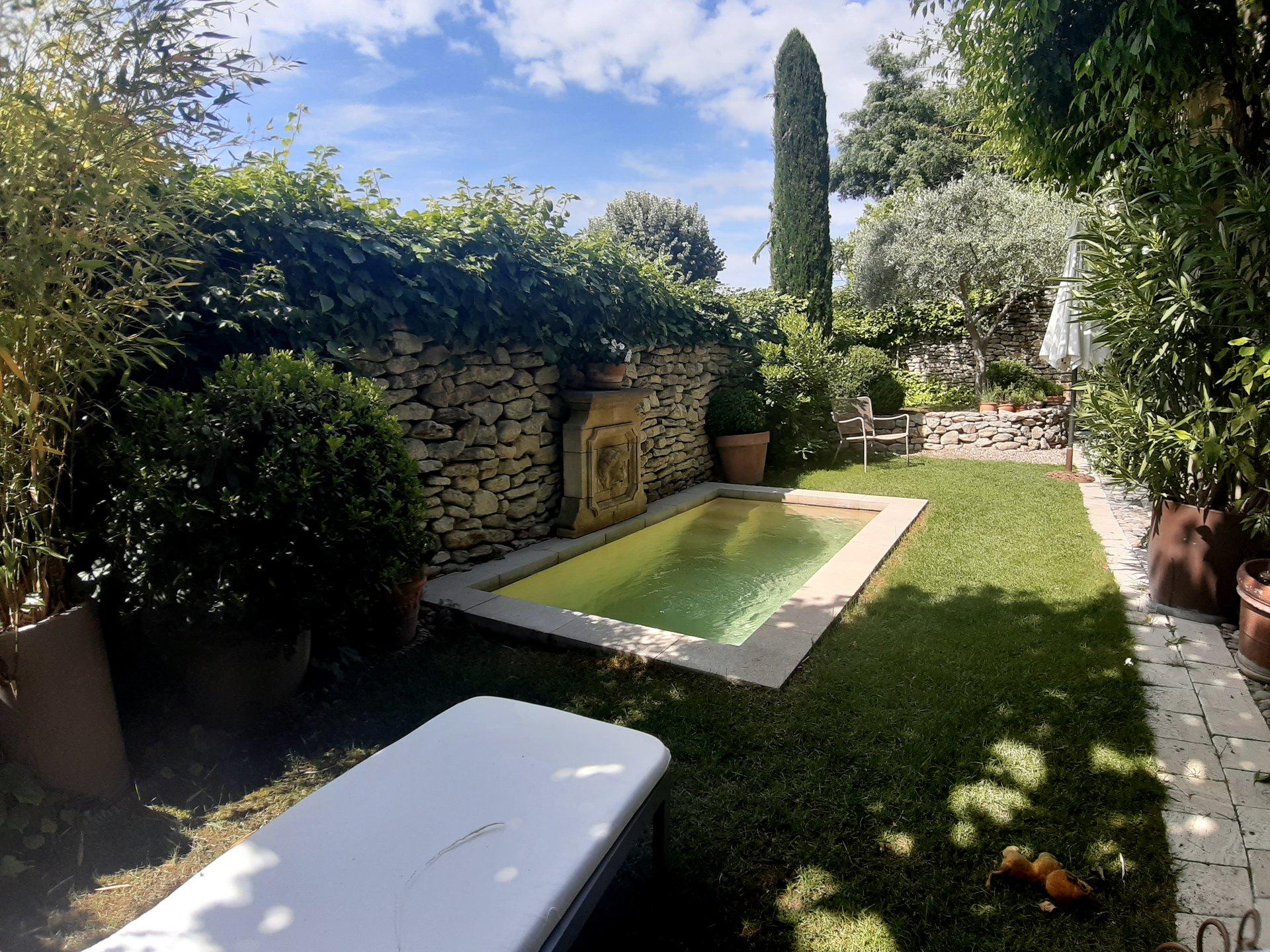 Maison provençale avec extérieur