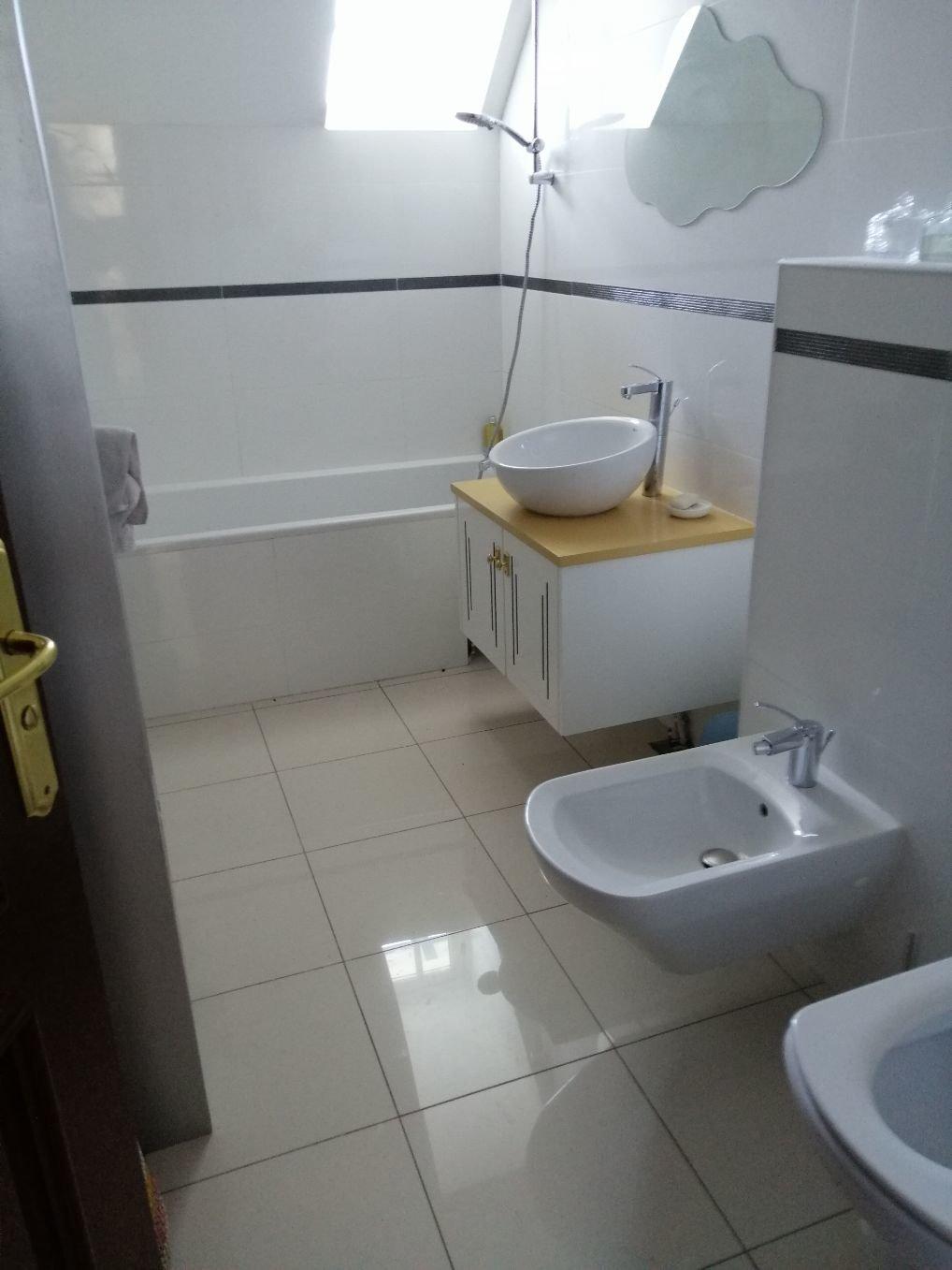 Appartement - Chantilly - 1650 € CC