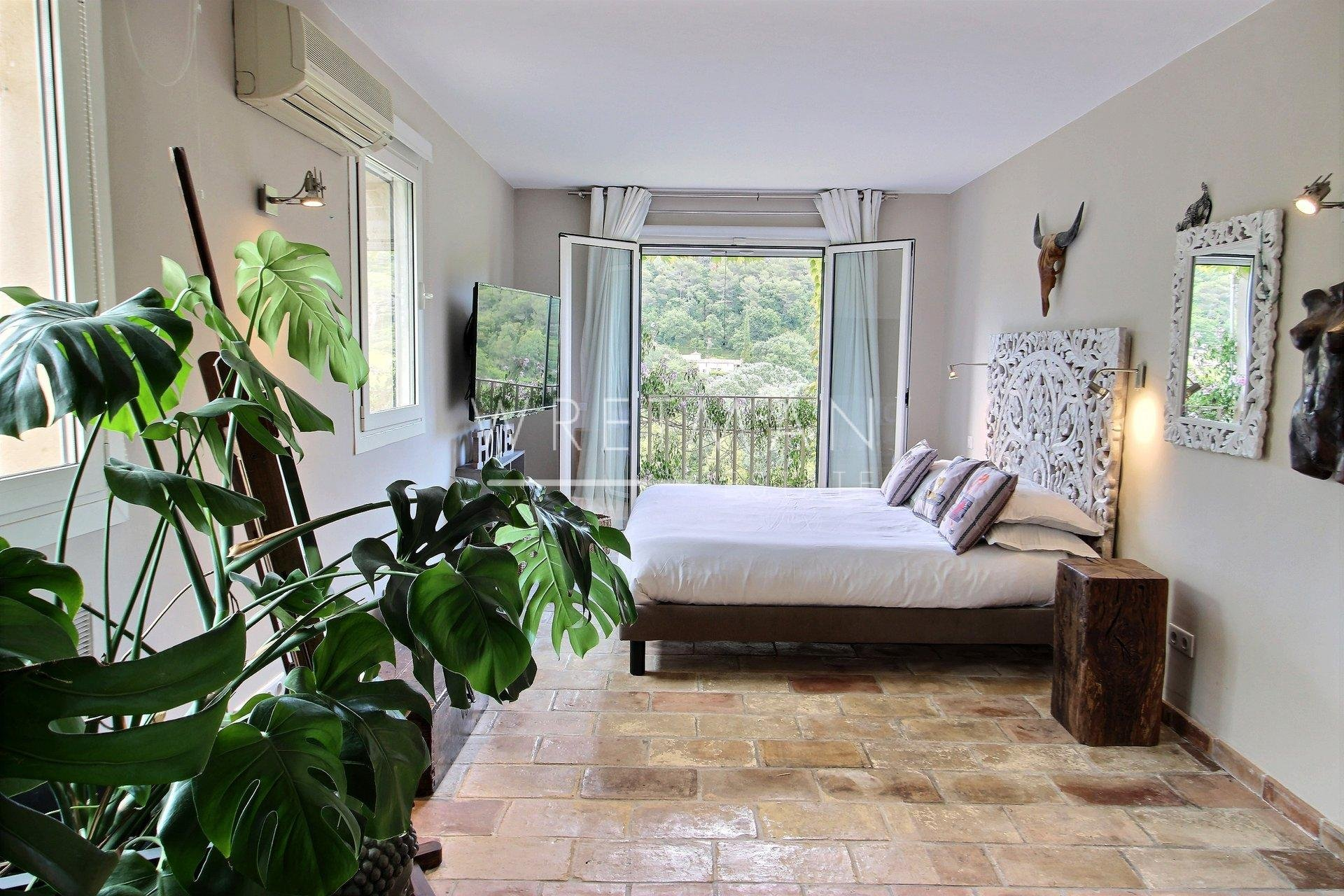 Rustic villa full of charm, heated saltwater pool, Jacuzzi - St Paul de Vence