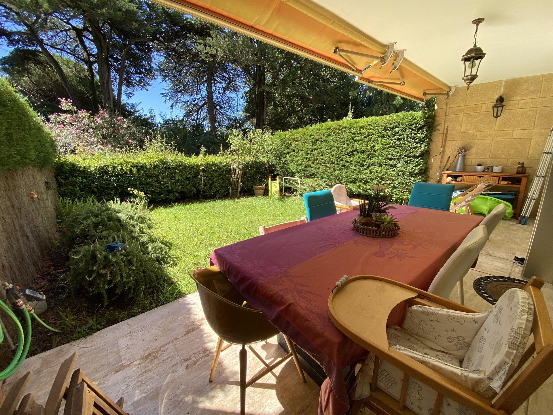 CANNES SALE 3 ROOMS ON GARDEN LEVEL IN A QUIET AREA