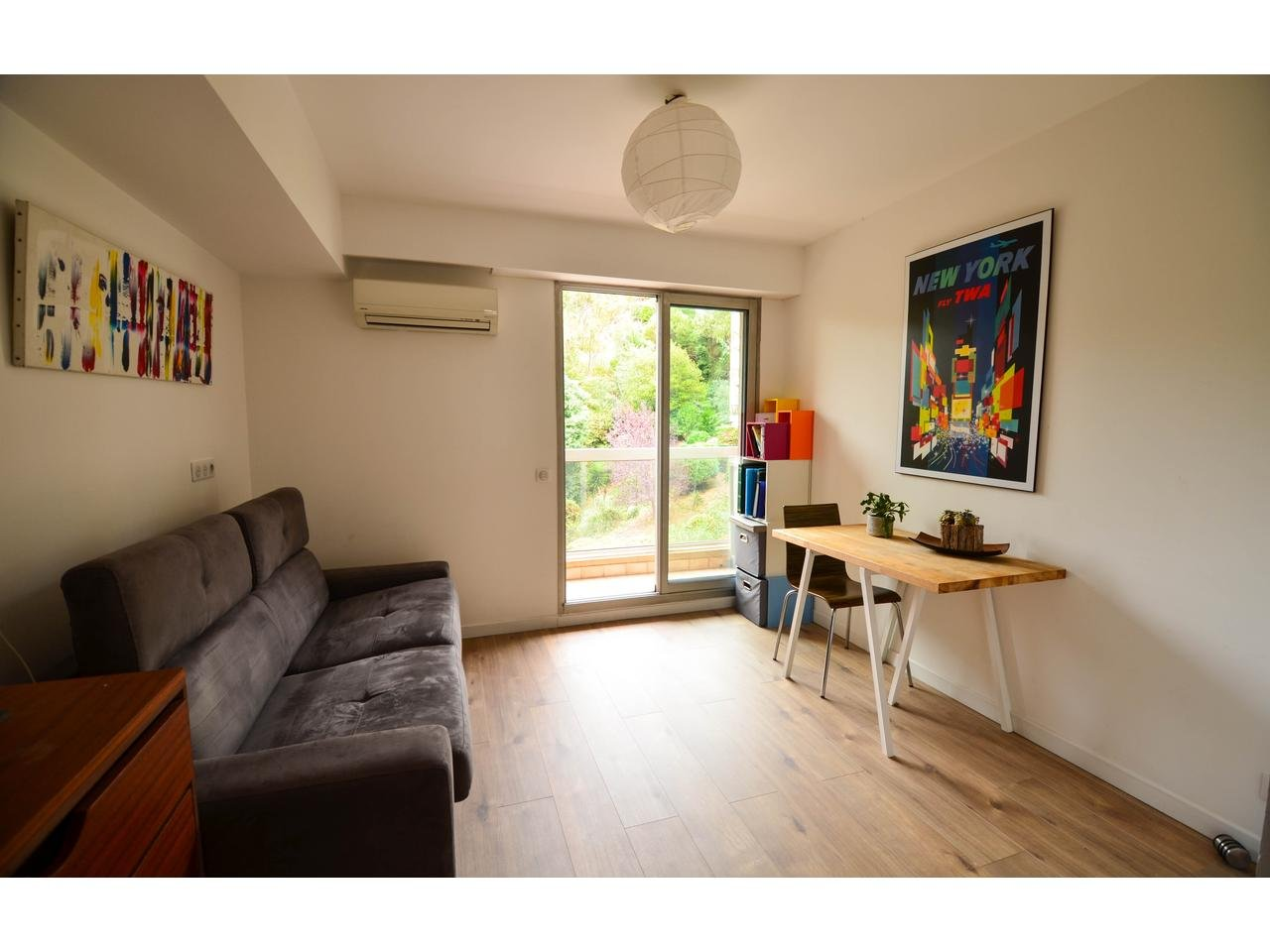 Appartement  3 Rooms 81m2  for sale   545000 €