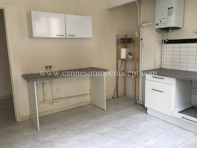 Grand Type 2 rue du Bosquet de 71m2