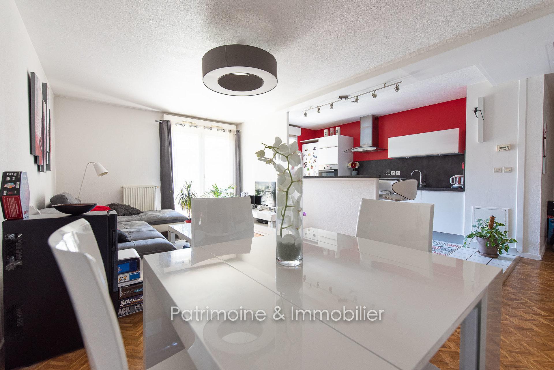 Sale Apartment - Lyon 7ème