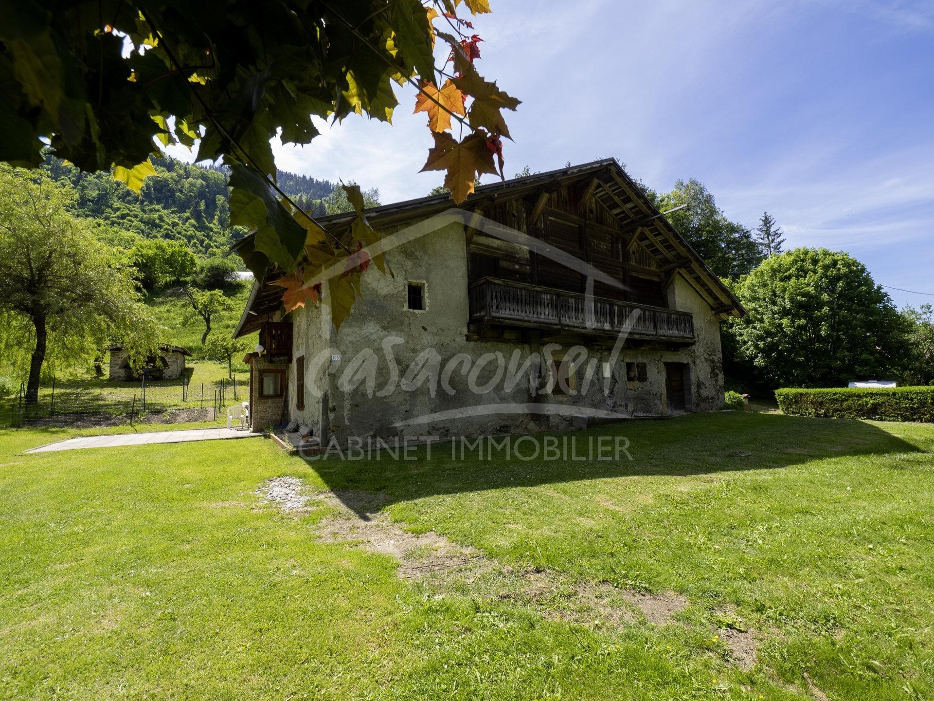 St Gervais Mt Blanc – Ancient farmhouse + building plot