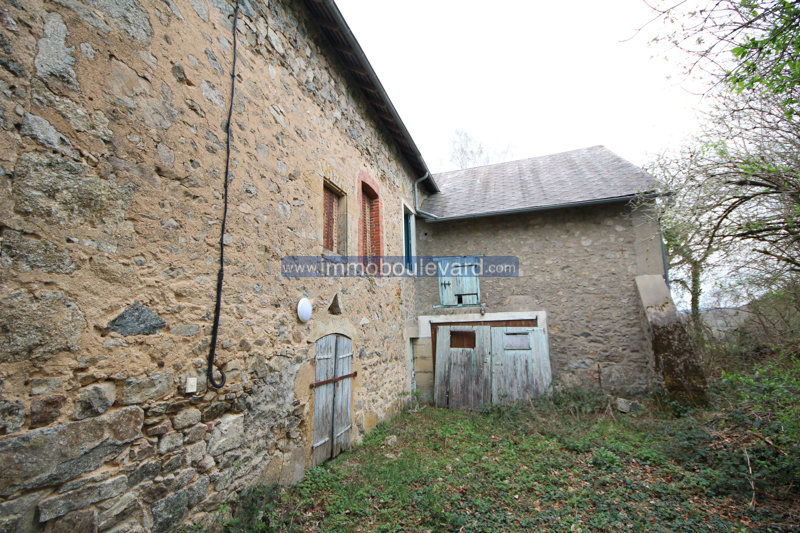 Maison à rénover à vendre près d'Arleuf dans le Morvan