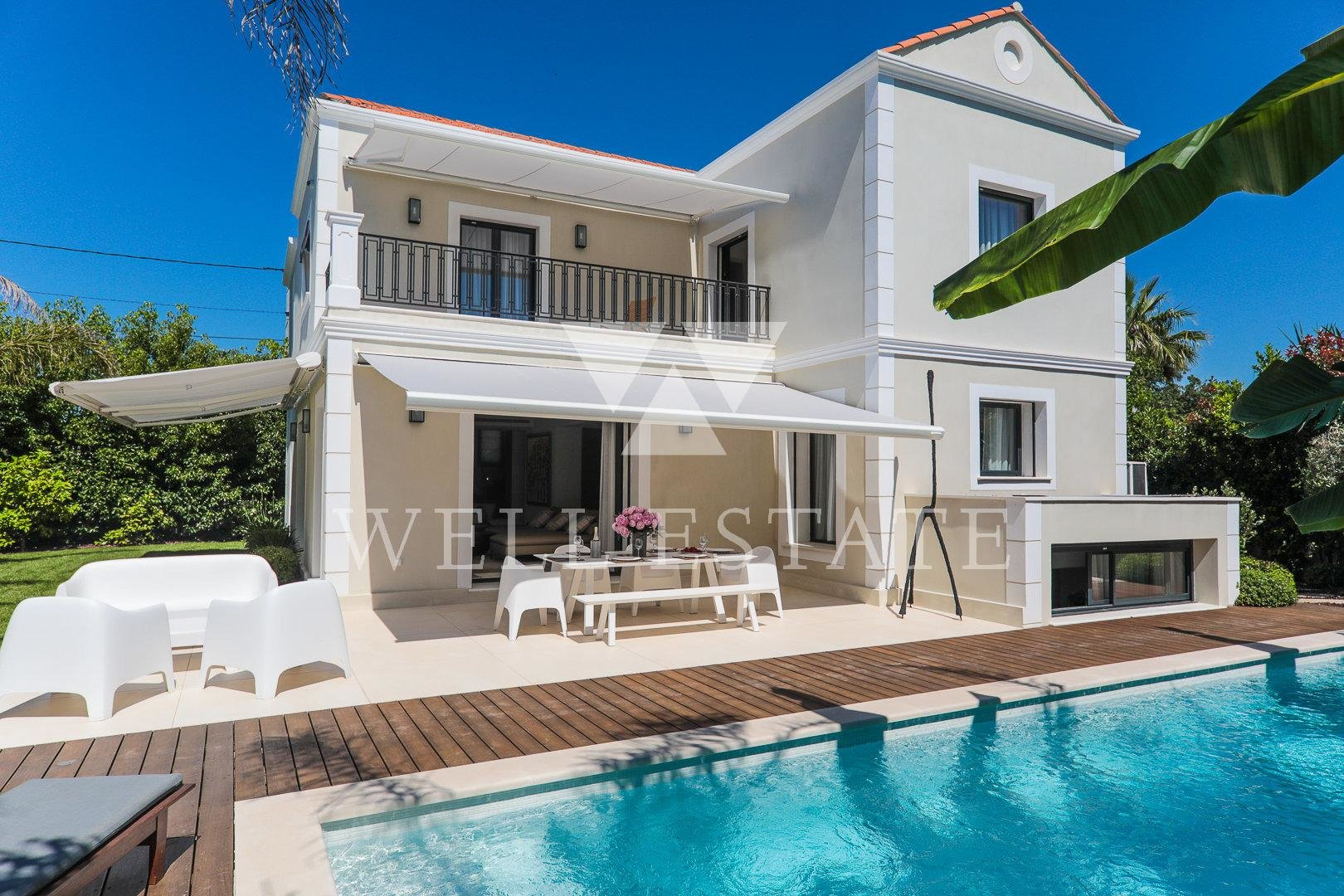 CAP D'ANTIBES SEASONAL RENT CONTEMPORARY VILLA 300M2 HEATED SWIMMING POOL