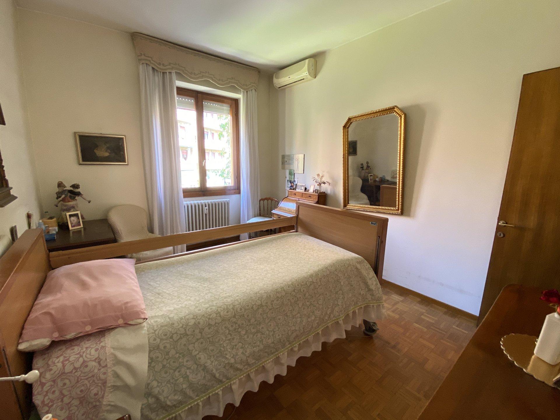 Milano - Viale S. Gimignano : VENDITA  NUDA PROPRIETÀ '