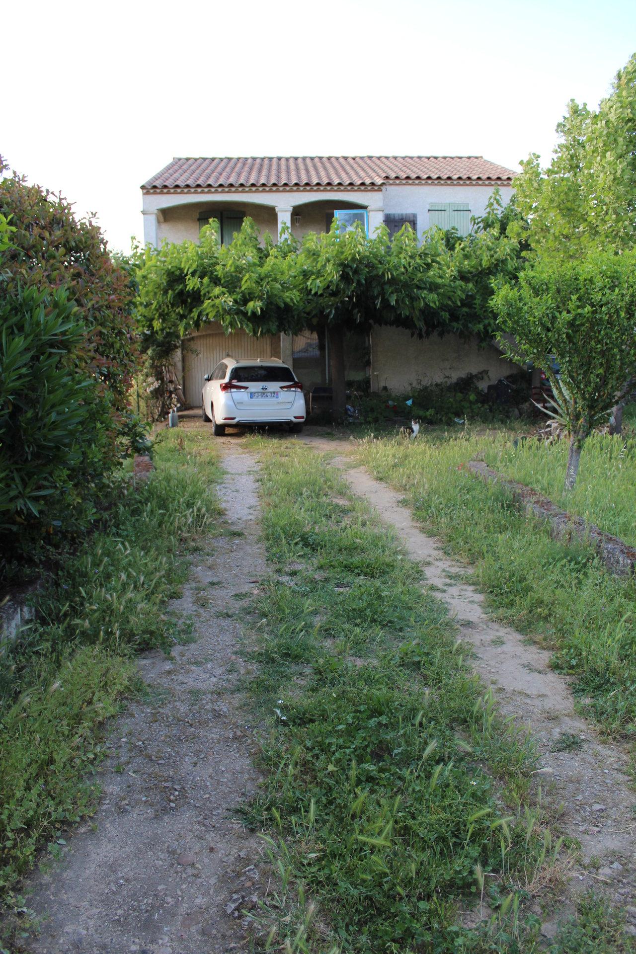 Vergèze - Maison avec garage et jardin - 237 500 €