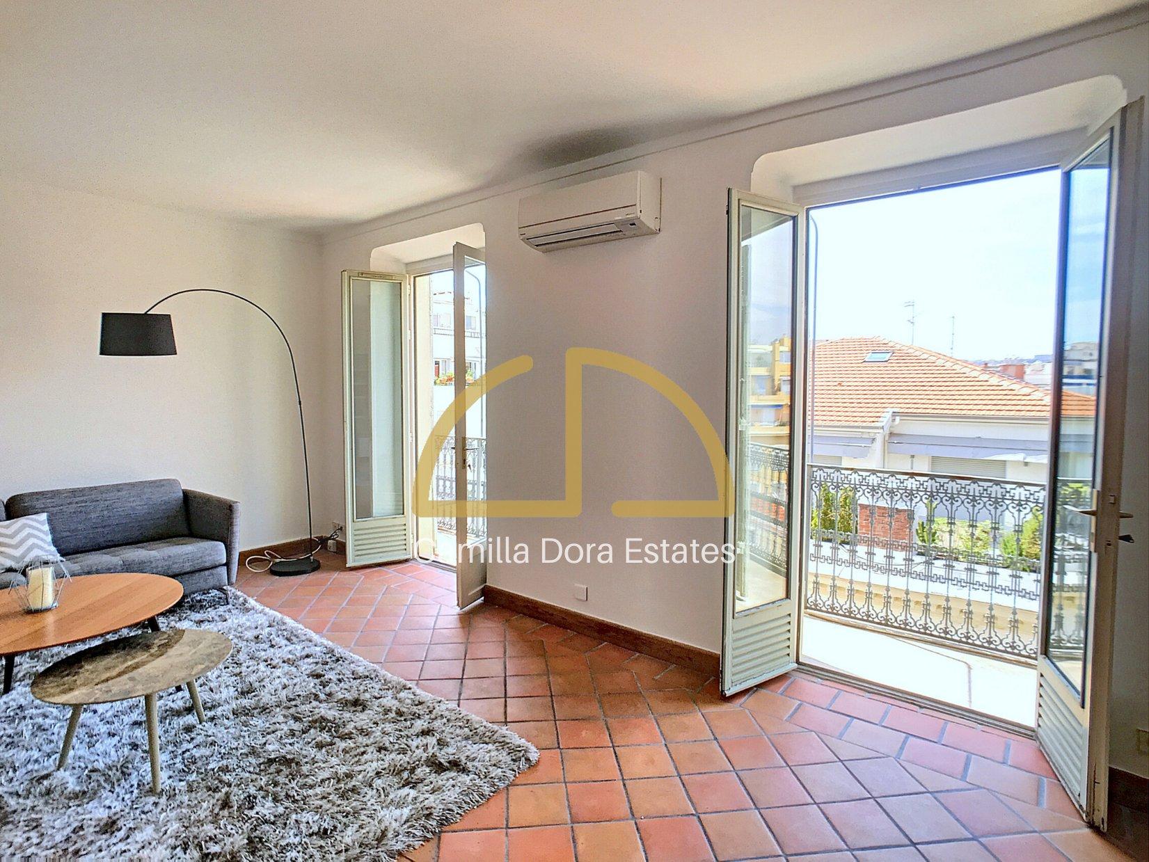 VENTE Appartement 4P 102m² Nice Carré d'Or Dernier Étage Balcon Vue Mer