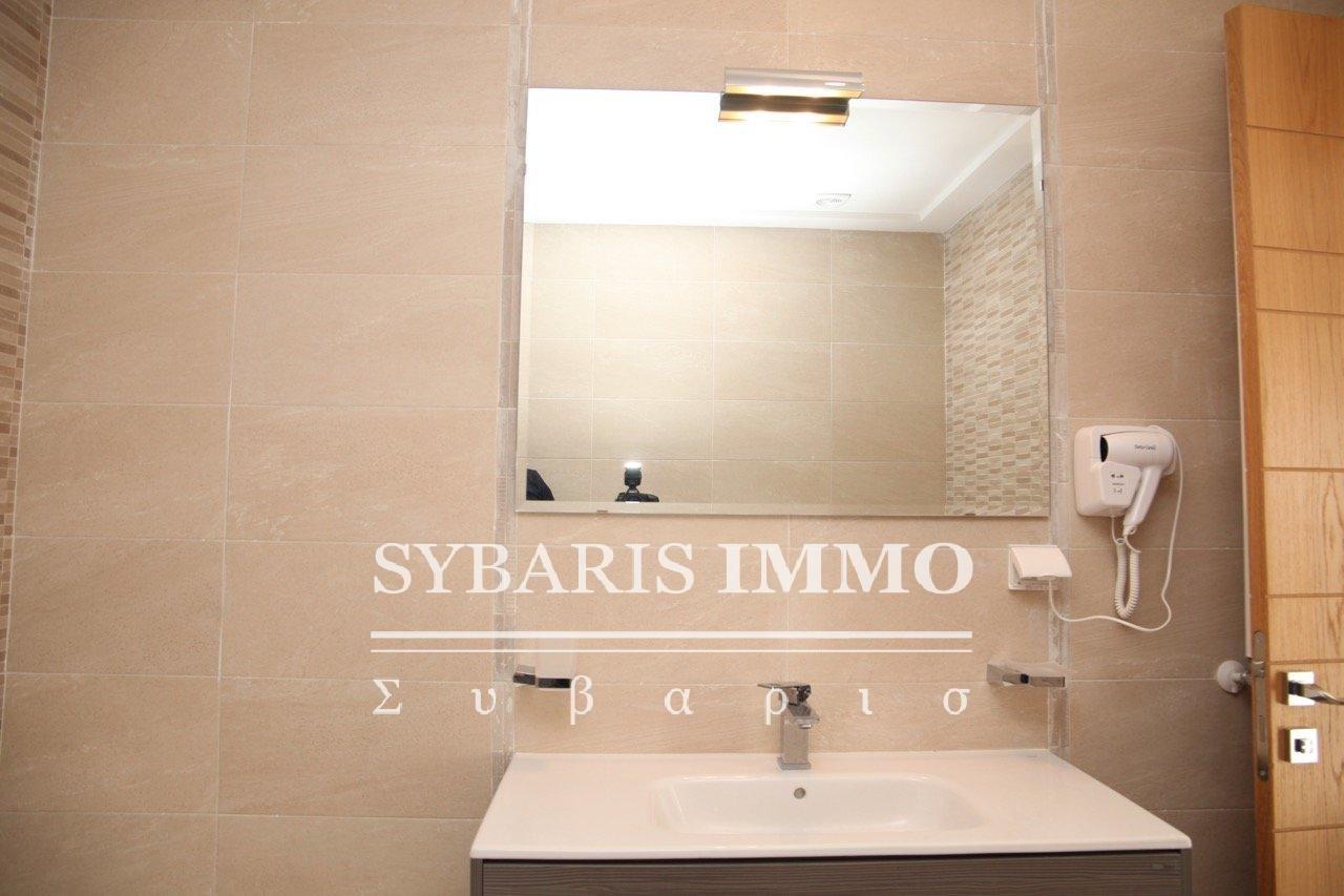 Location penthouse lac 2 - Tunis