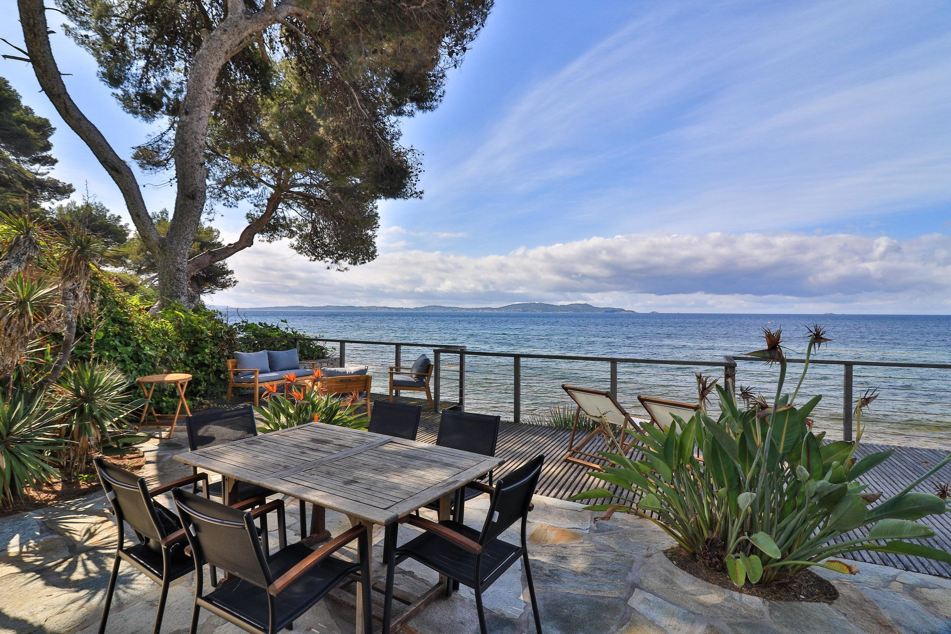 Exceptional waterfront property in Carqueiranne