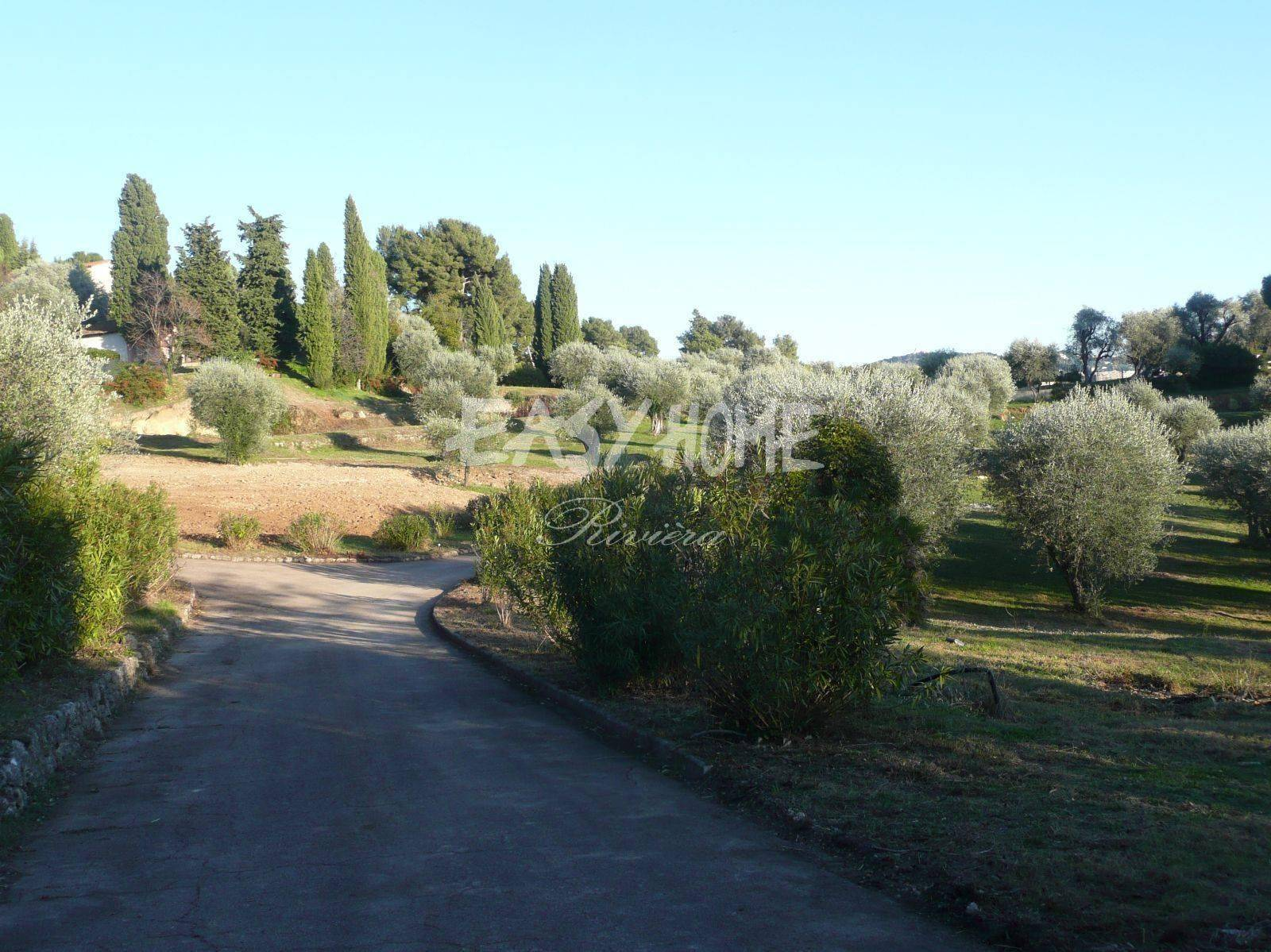 Purchase / Sale - Property of 37 500 m²  Mougins - A unique opportunity