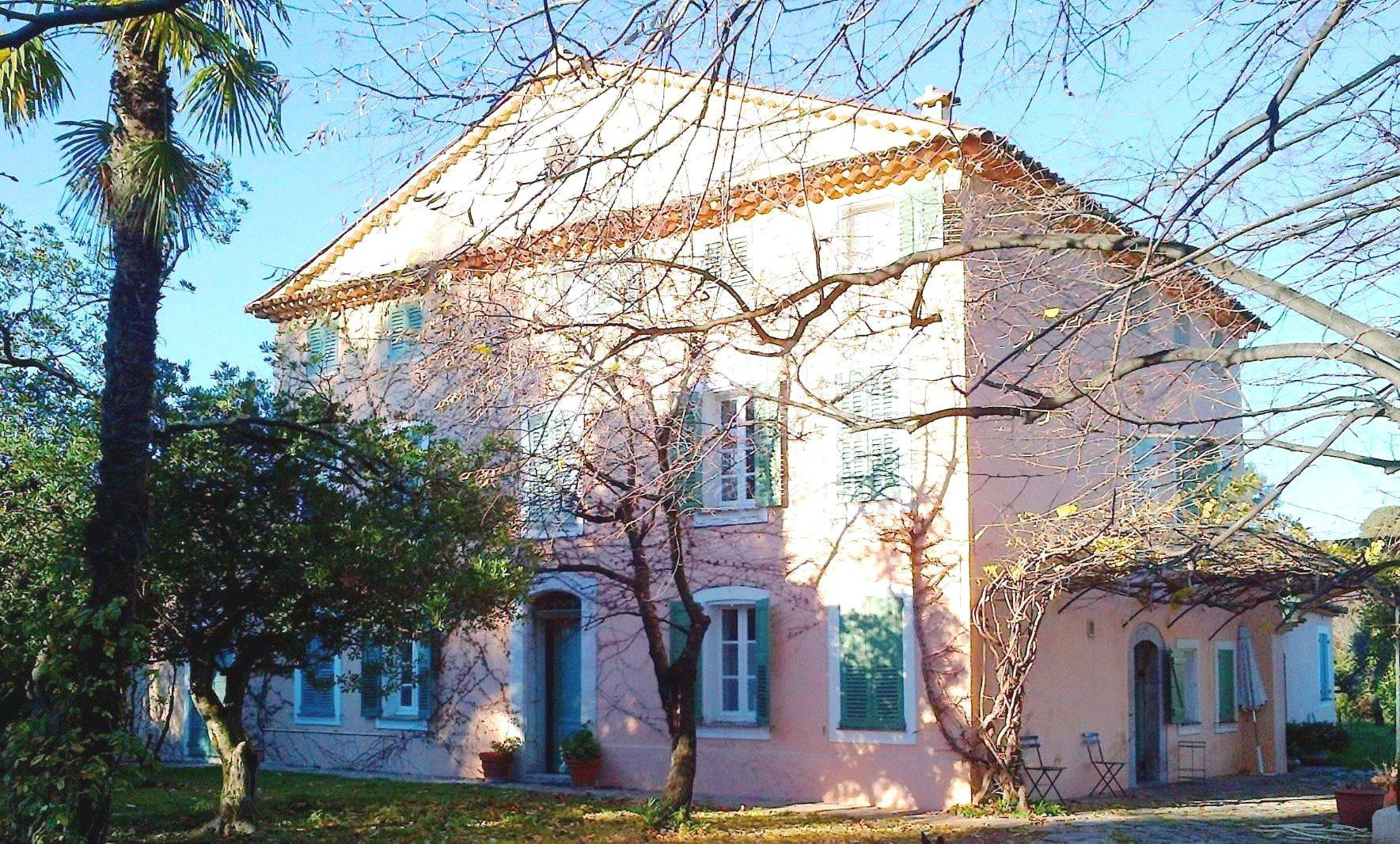 Purchase / Sale XVIIIth century Provencal stone house Grasse country