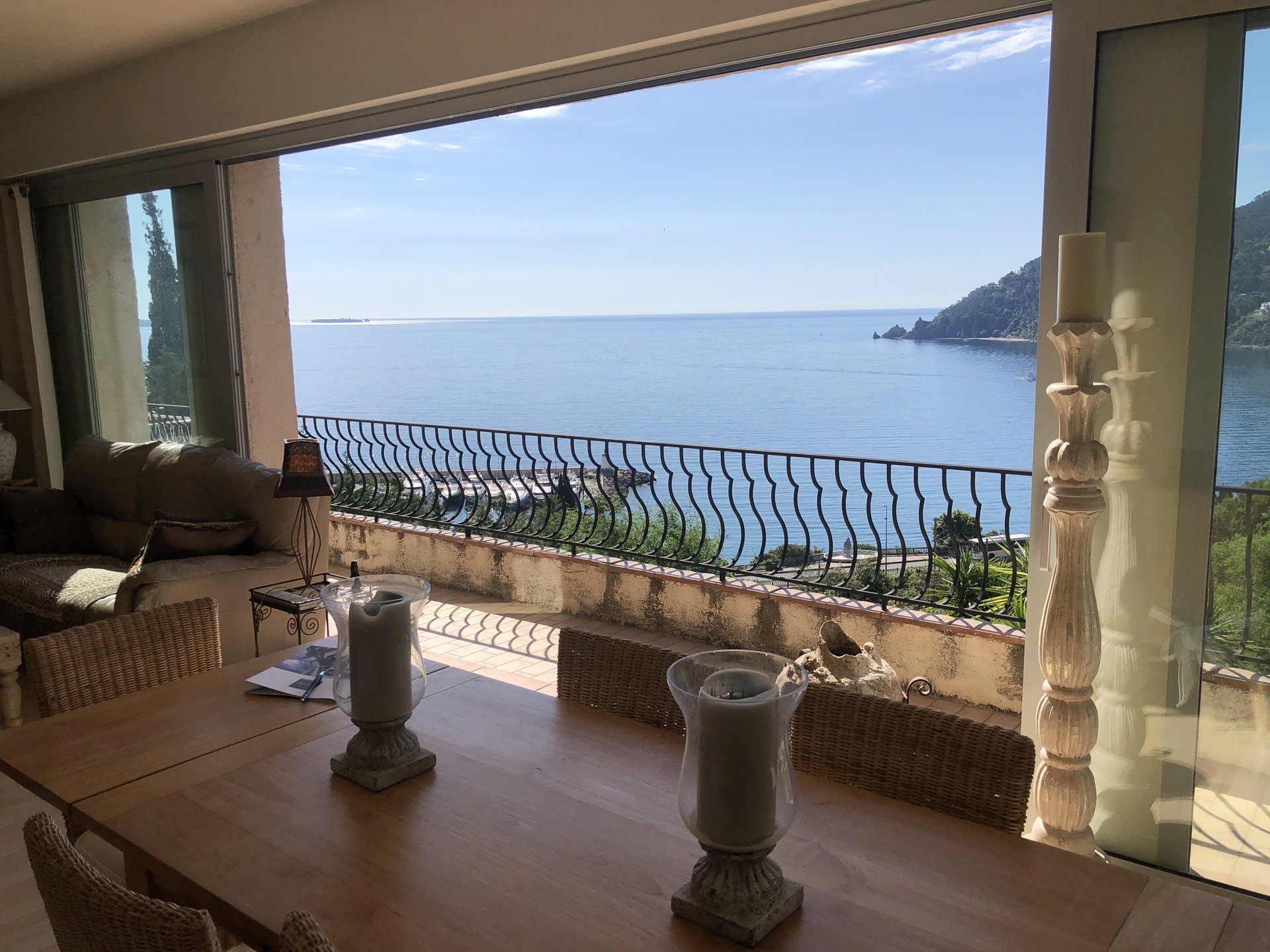 Villa with panoramic sea view - Cannes Bay