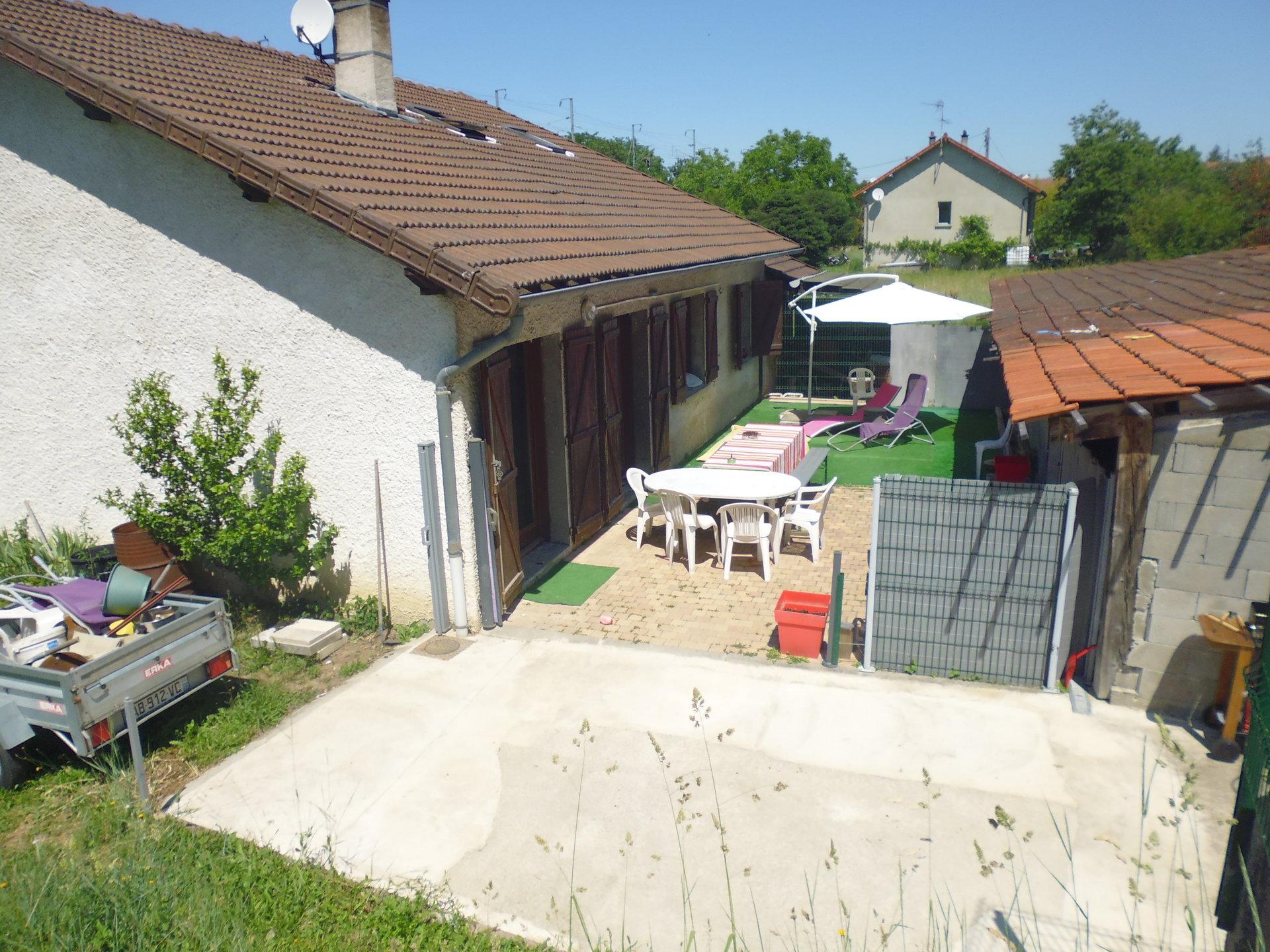 Sale House - Saint-Germain-des-Fossés