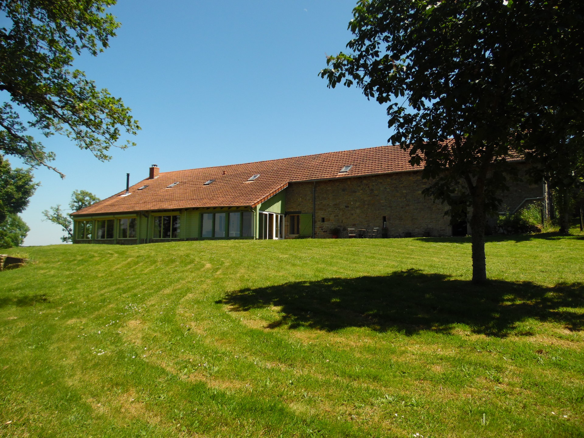 For sale, near Aubusson, luxurious house on a plot of 4,5 acres