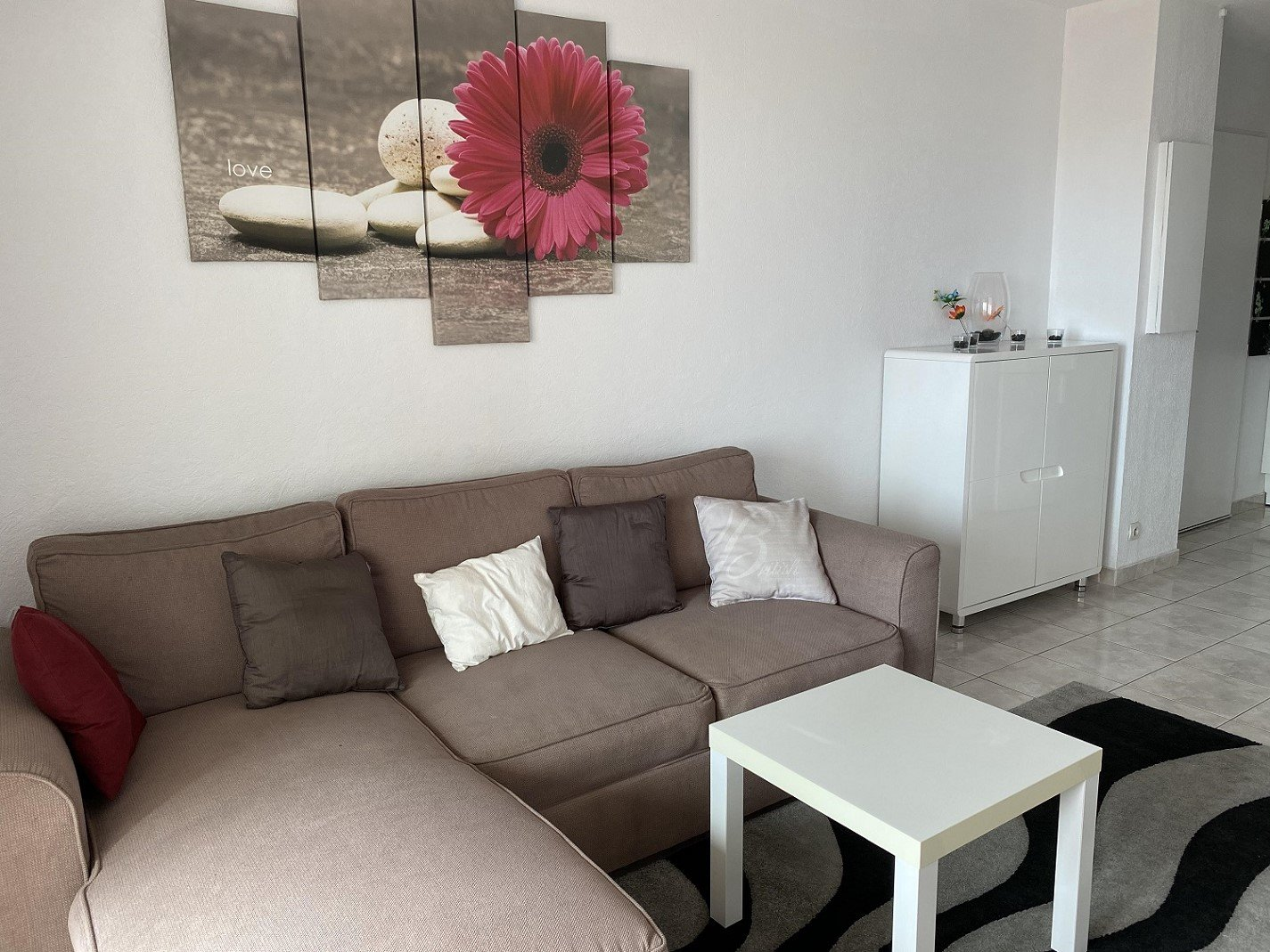 Lovely 2 room apartment, 5 min from the beach