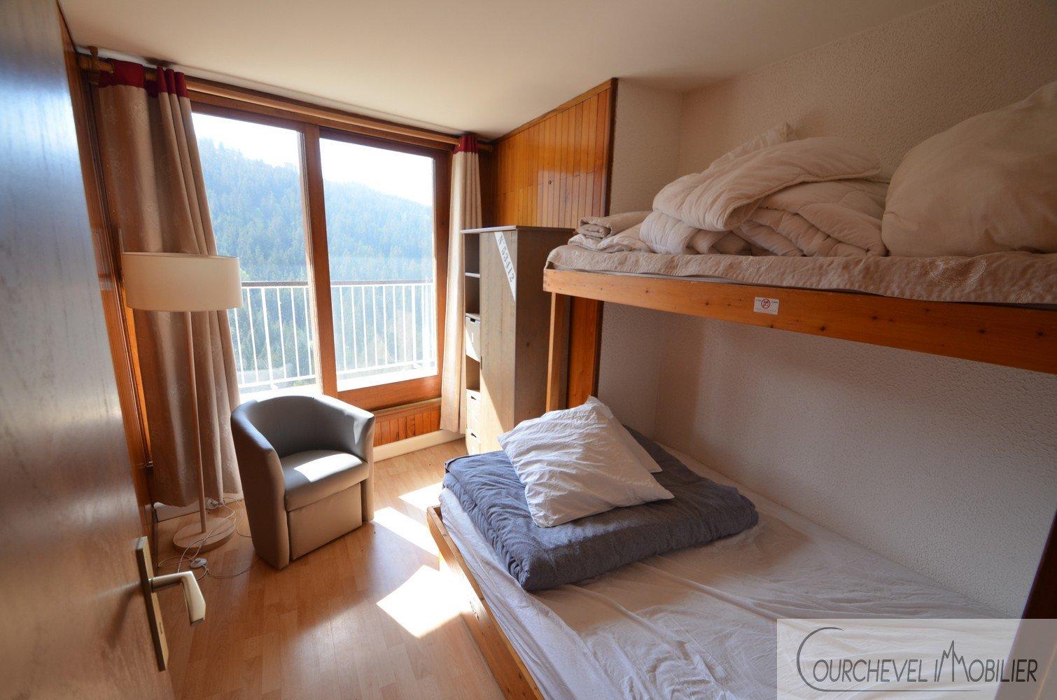 T2 apartment Season rental