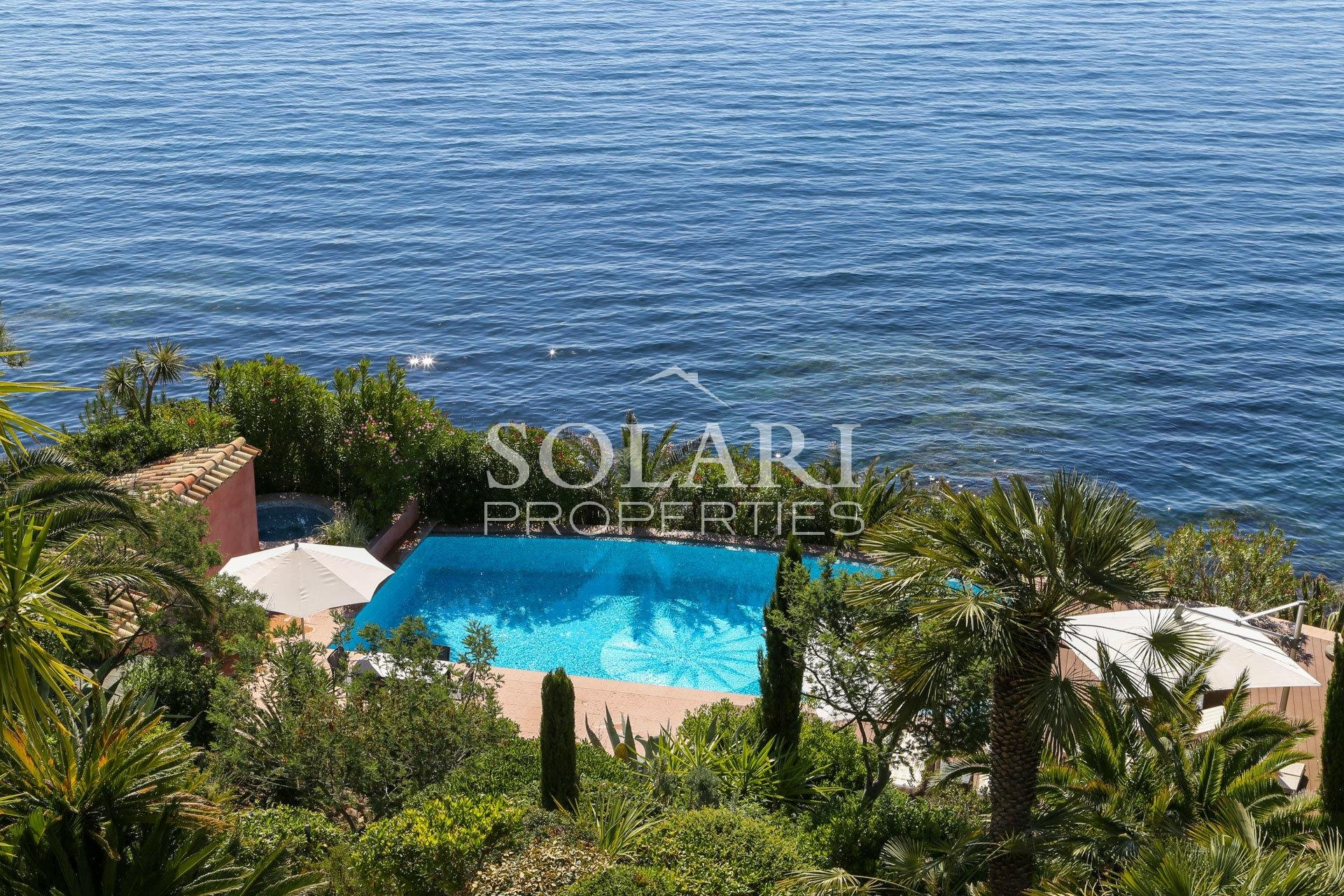 Exceptional Property - Waterfront Villa