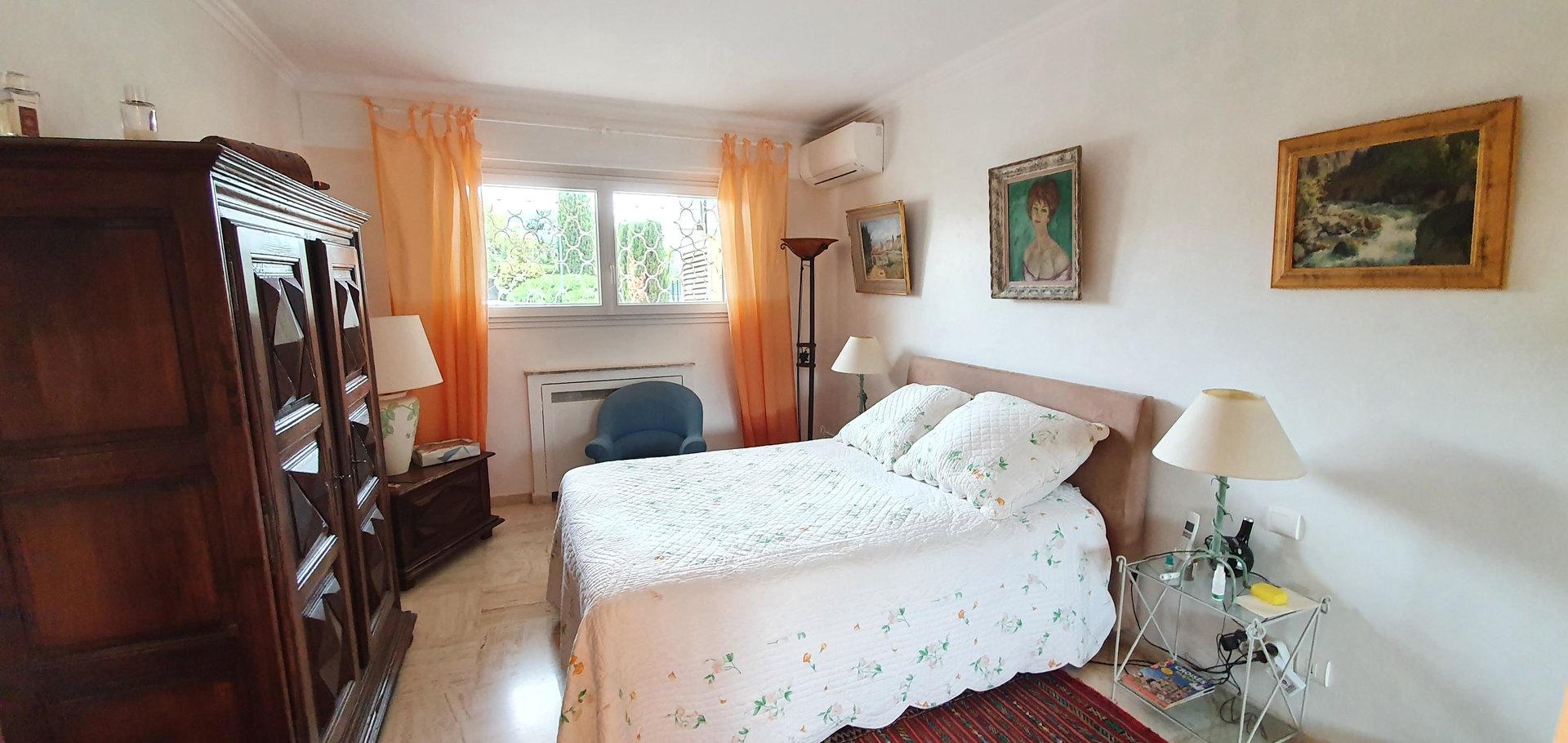 Croisette 2 bedroom