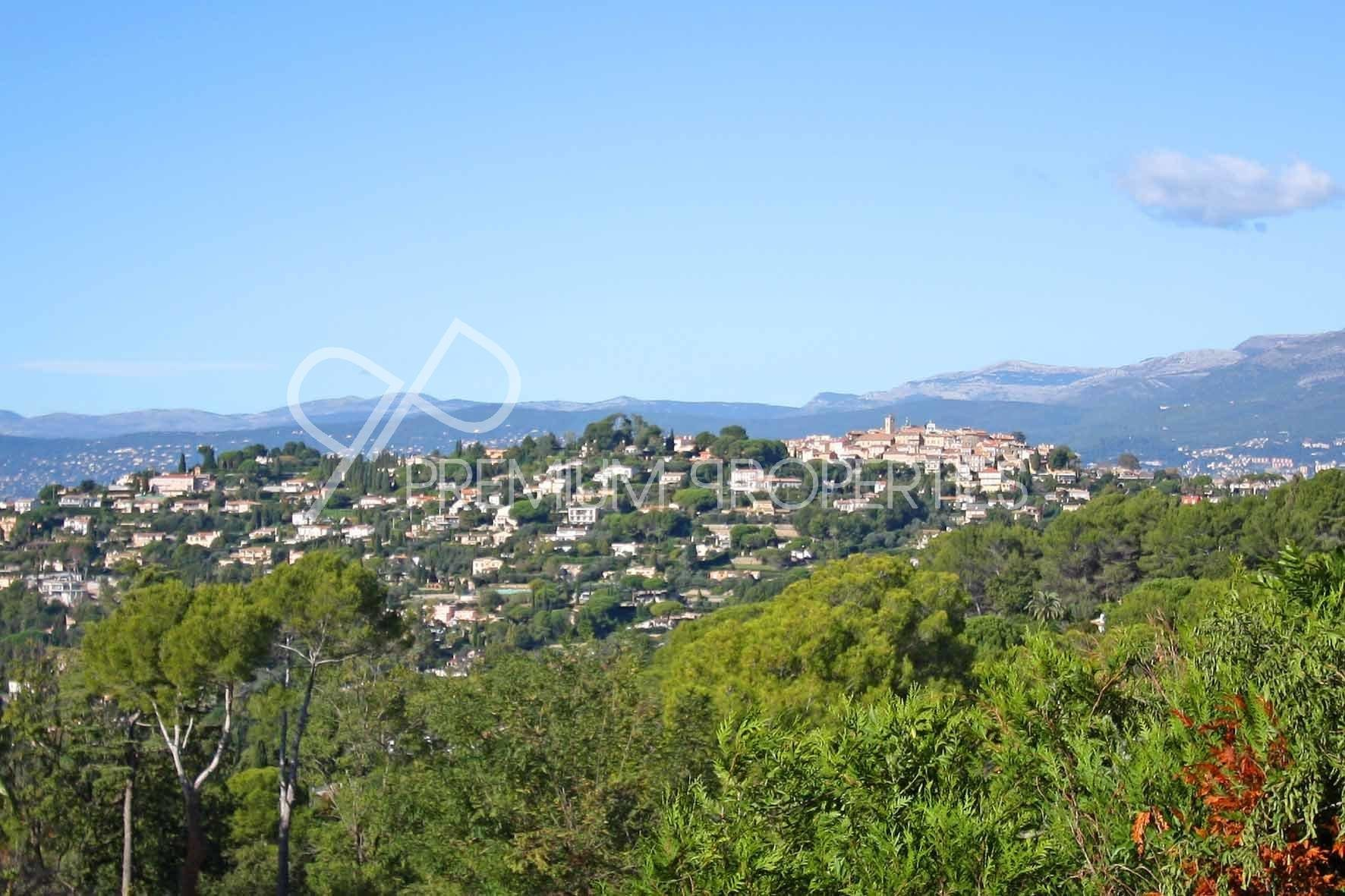 VILLA D'ARCHITECTE 15 PIECES 450 M² A MOUGINS