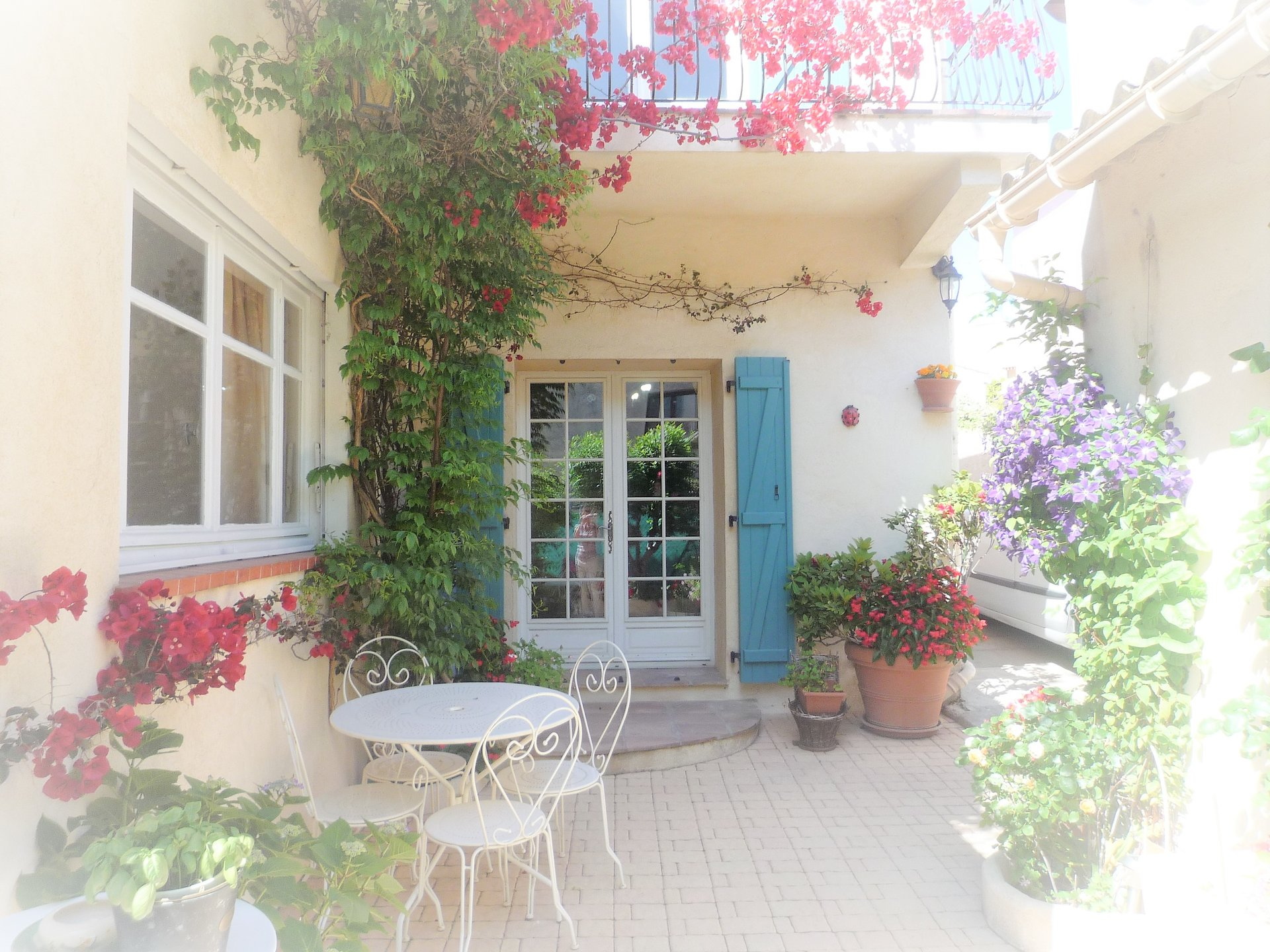 Town house for sale on the French Riviera, in Vallauris