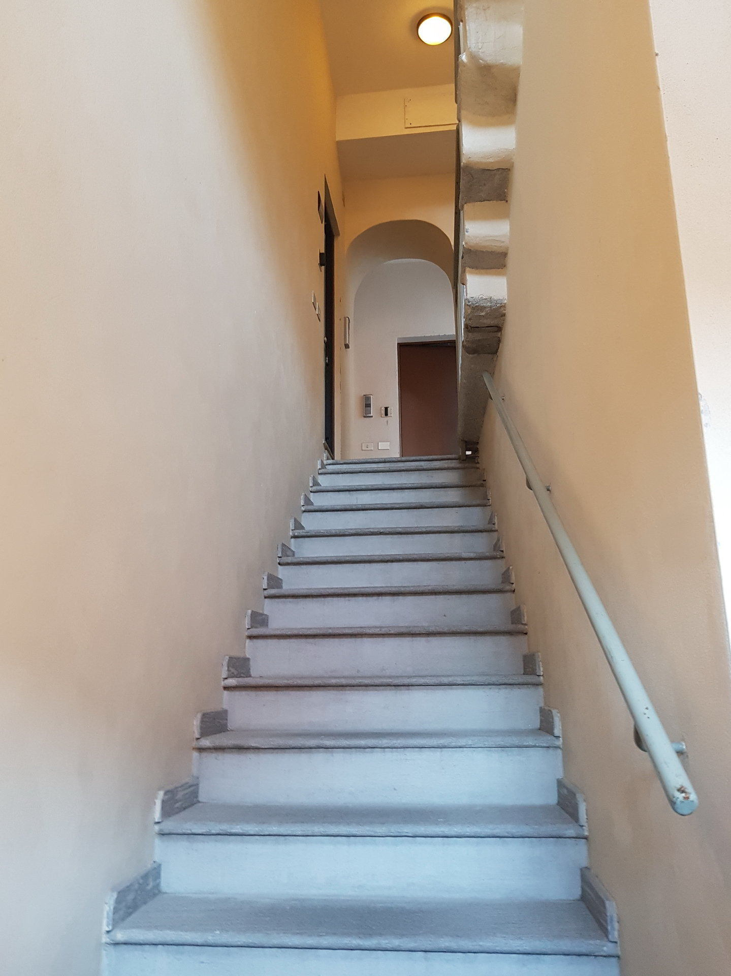 Sale renovated apartment in Verbania - stairs