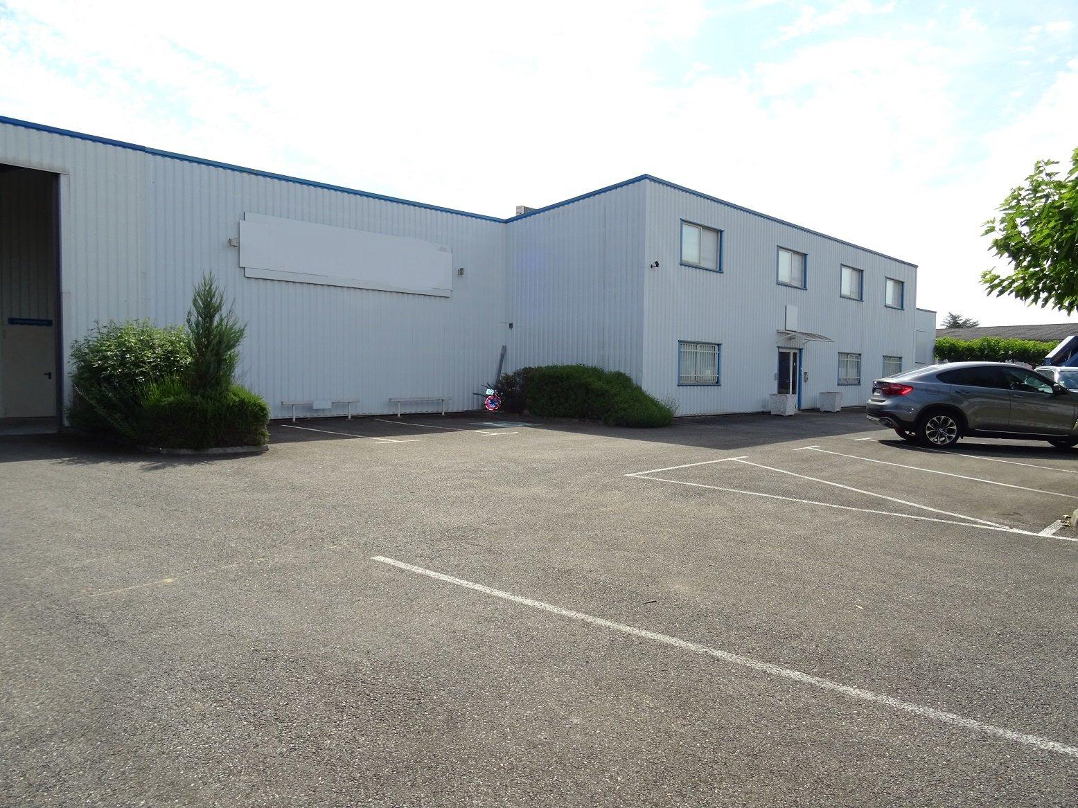 Villemur sur Tarn, Local d'activité de 1650 m²