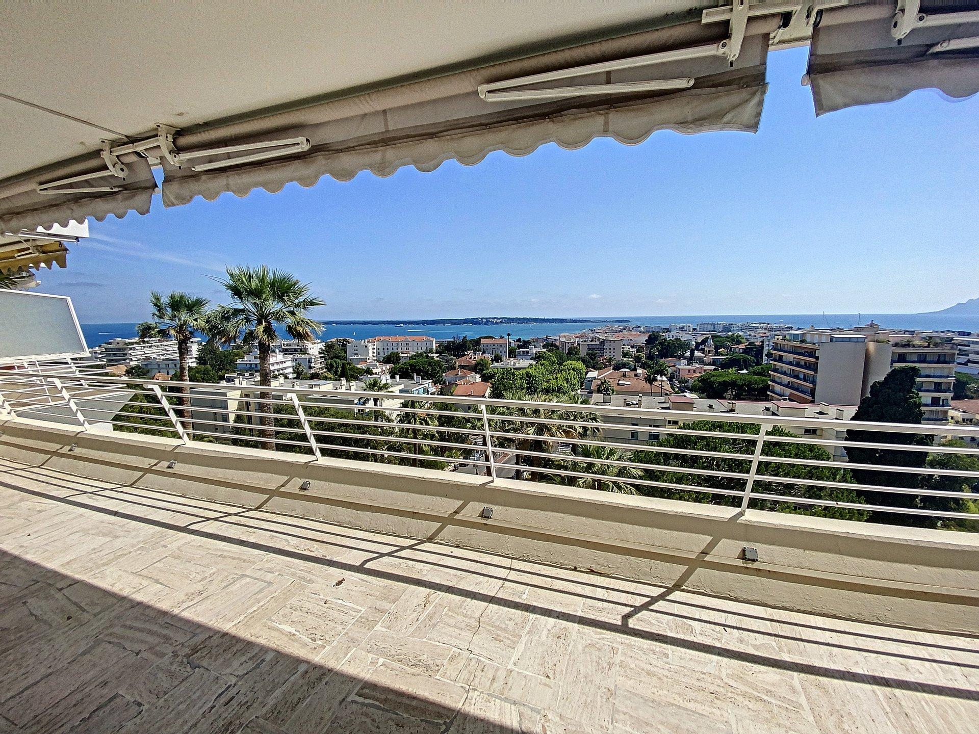 Cannes Basse Californie3/4P 121 m2 sea view
