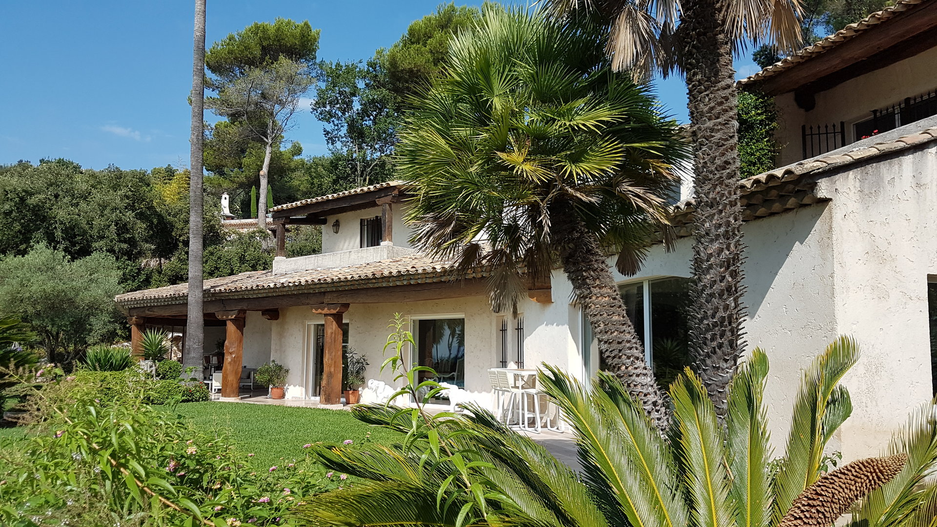 Stone house with panoramic sea view for sale in Saint-Paul-De-Vence