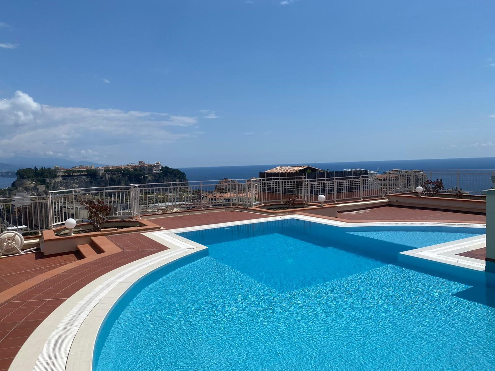 Cap d'Ail Limitrophe Monaco CHPG 2pcs vue mer piscine