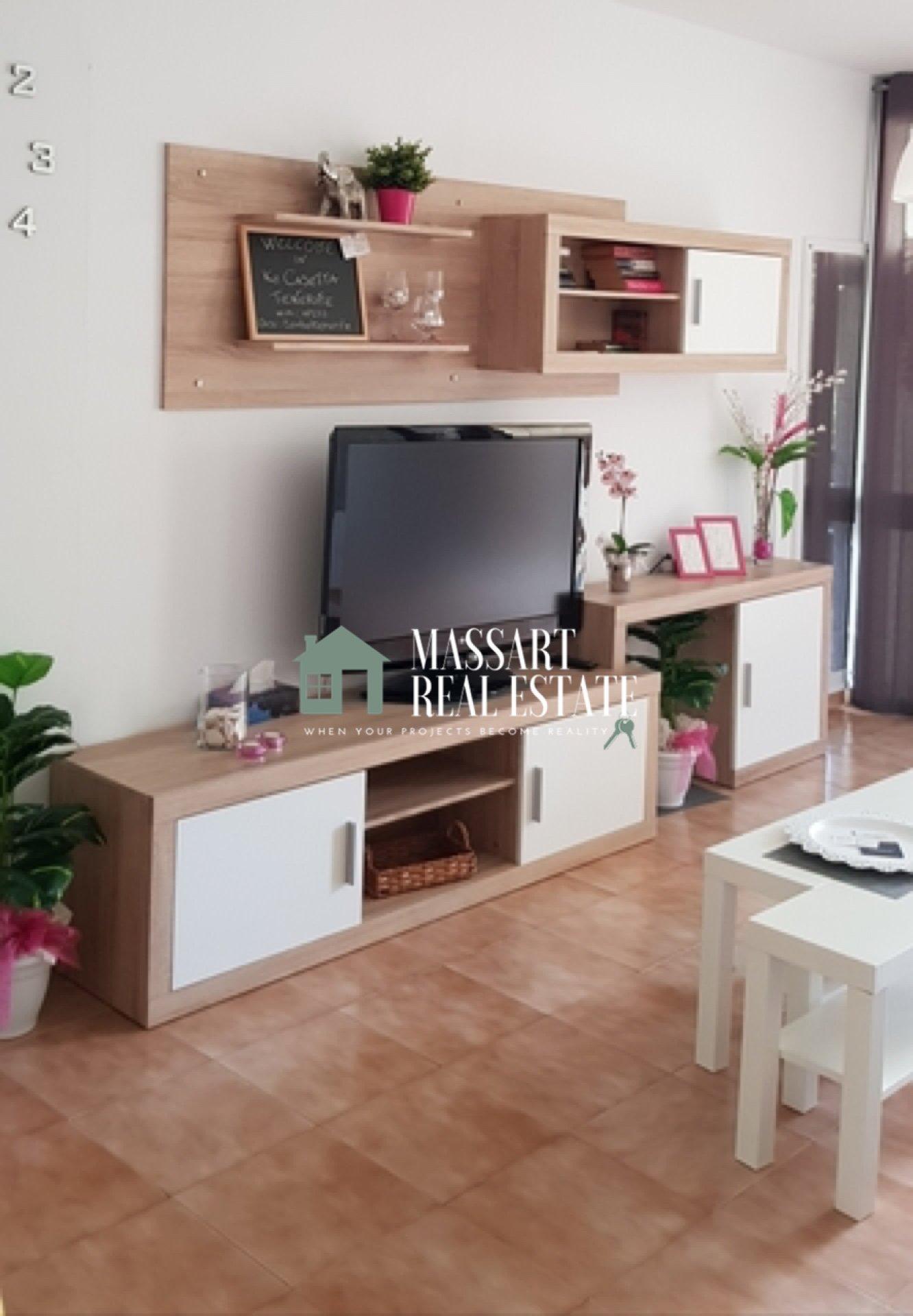 Te koop in Ten Bel, in het wooncomplex Frontera Primavera, onlangs gerenoveerd en ingericht appartement van 57 m2 in een bijzondere stijl.