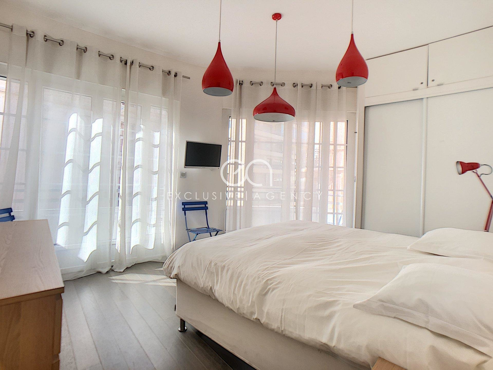 MONTHLY RENTAL CANNES CROISETTE 3-BEDROOMS APARTMENT 85SQM WITH TERRACE