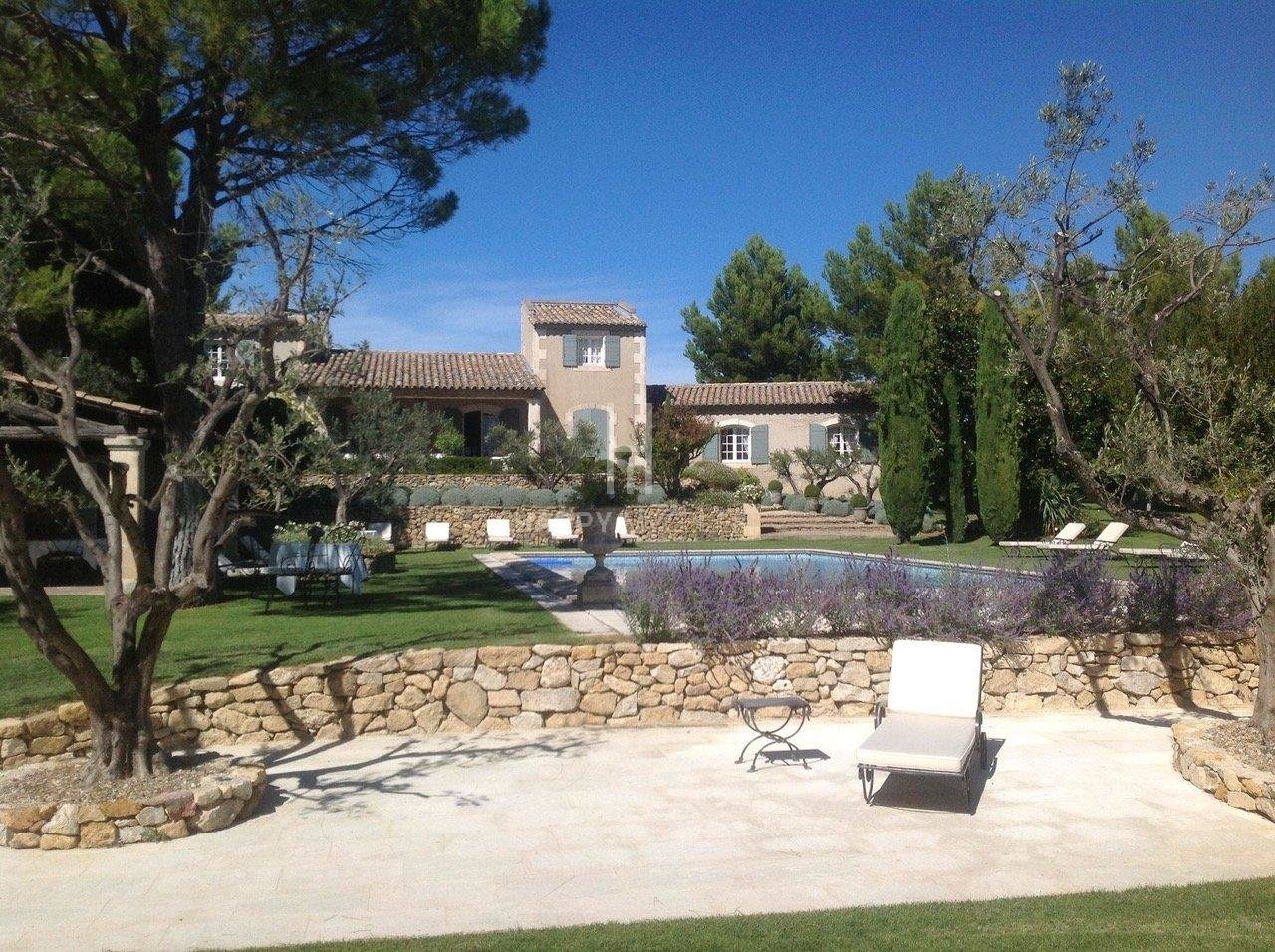 Sale Property - Maussane-les-Alpilles
