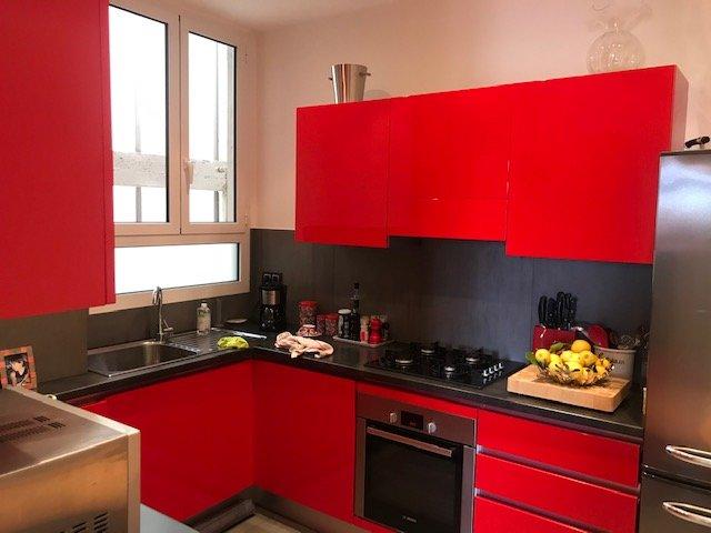 EXCLUSIVITE- Très bel appartement Bourgeois de 4 pièces  105m²- En étage élevé- Exposition Ouest Vue dégagée sans vis-à-vis-