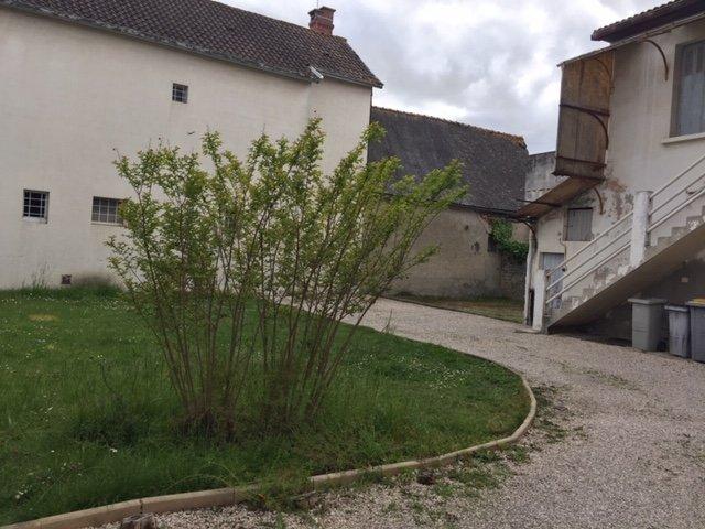 Immeuble centre de village