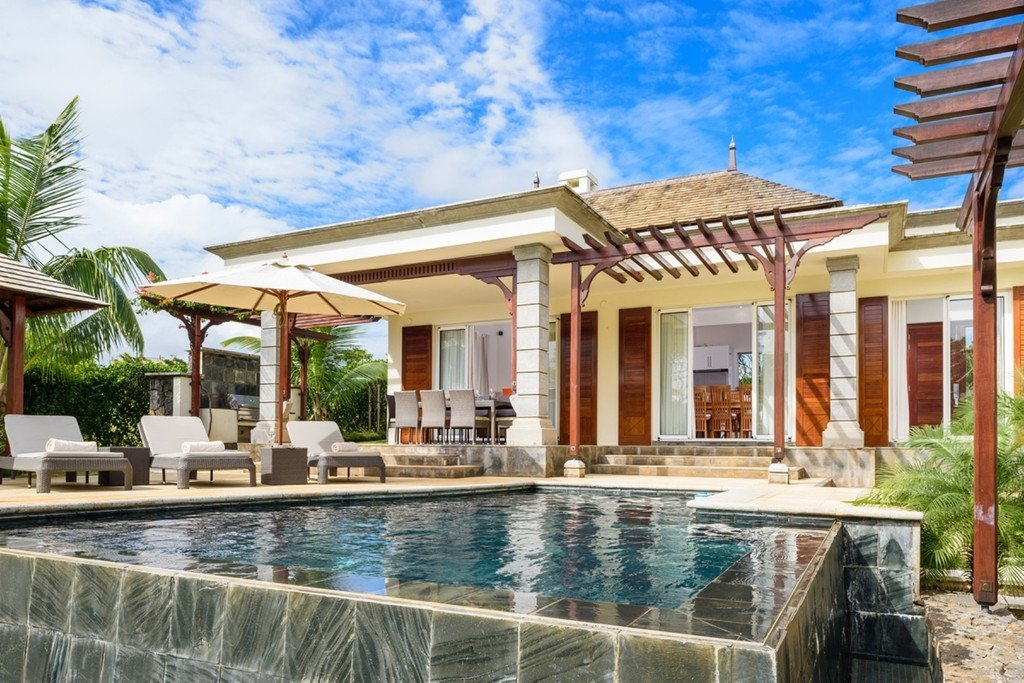 Opulent 4 bedroom villa in the sought-after Heritage Bel Ombre Estate