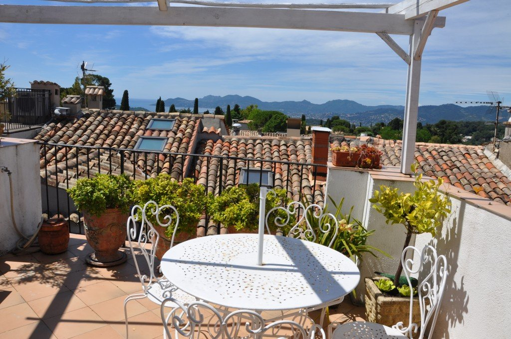 Amazing village house with spectacular roof terrace, Mougins